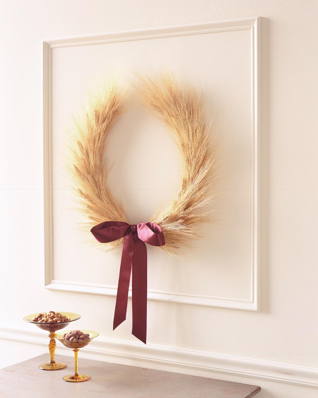 fall-diy-wheat-wreath-0914.jpg