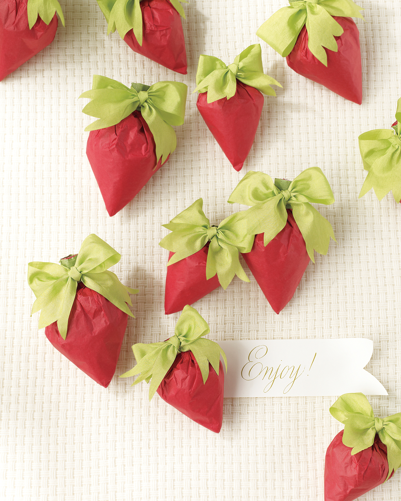 berry-bonbons-mwd107768.jpg