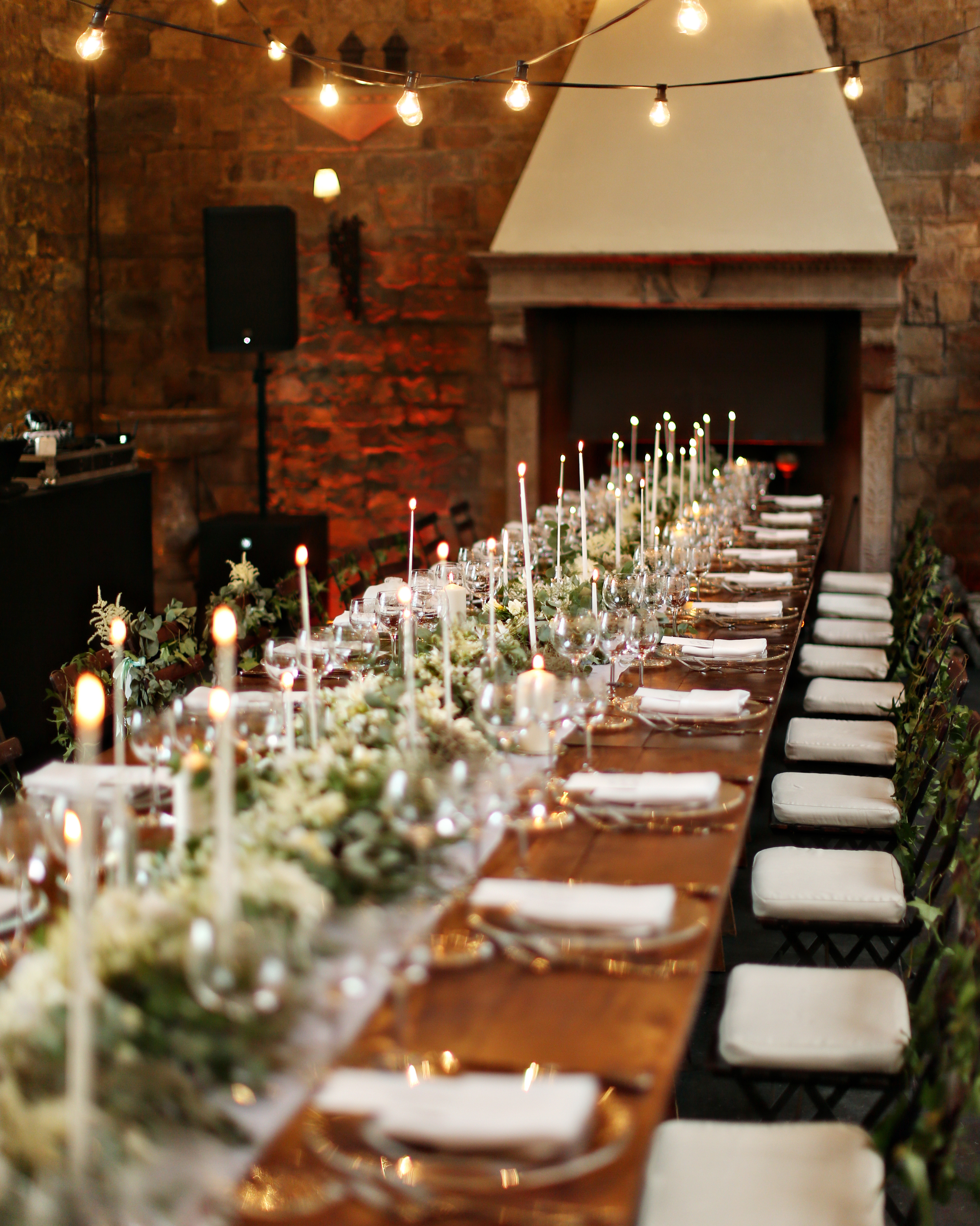 lindsay-andy-wedding-table-8169-s111659-1114.jpg