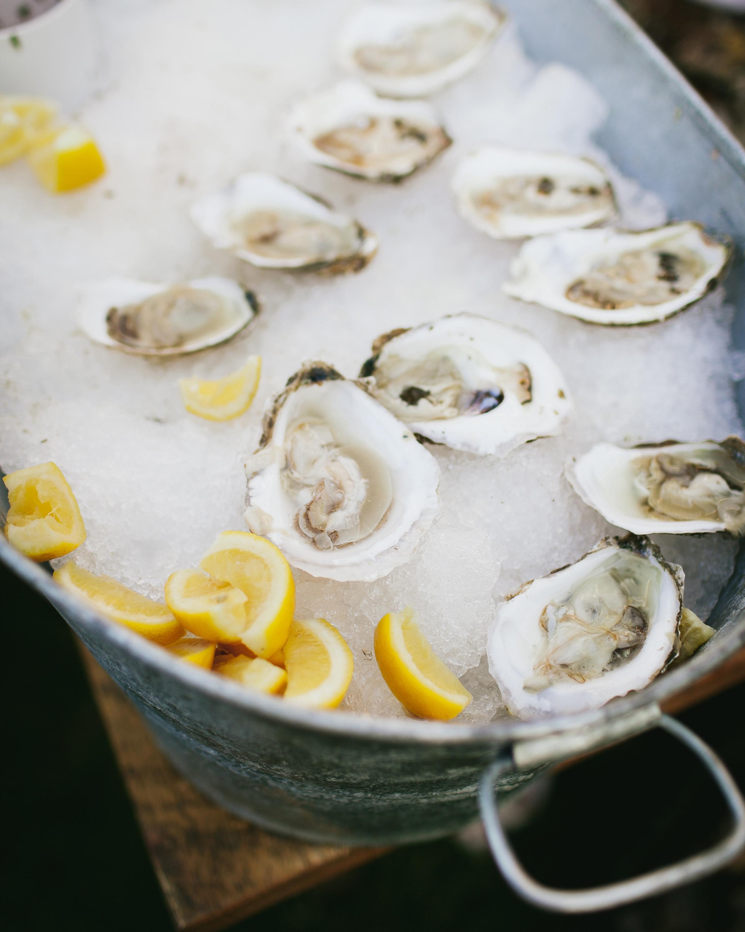 gabriela-tyson-wedding-oysters-0633-s111708-1214.jpg