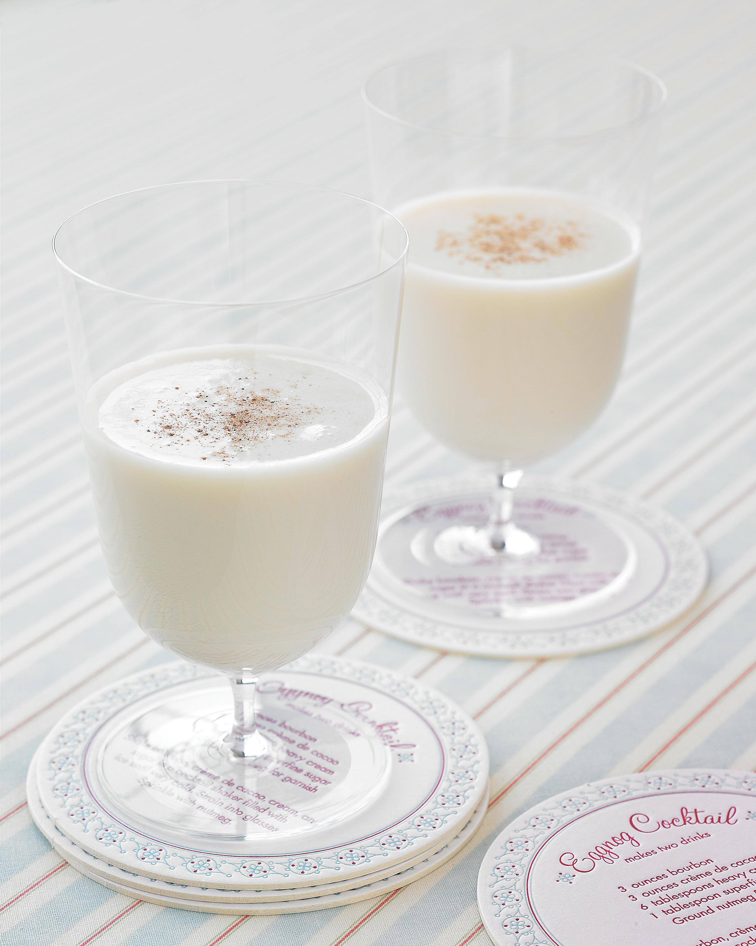 winter-cocktails-eggnog-cocktail-1214.jpg