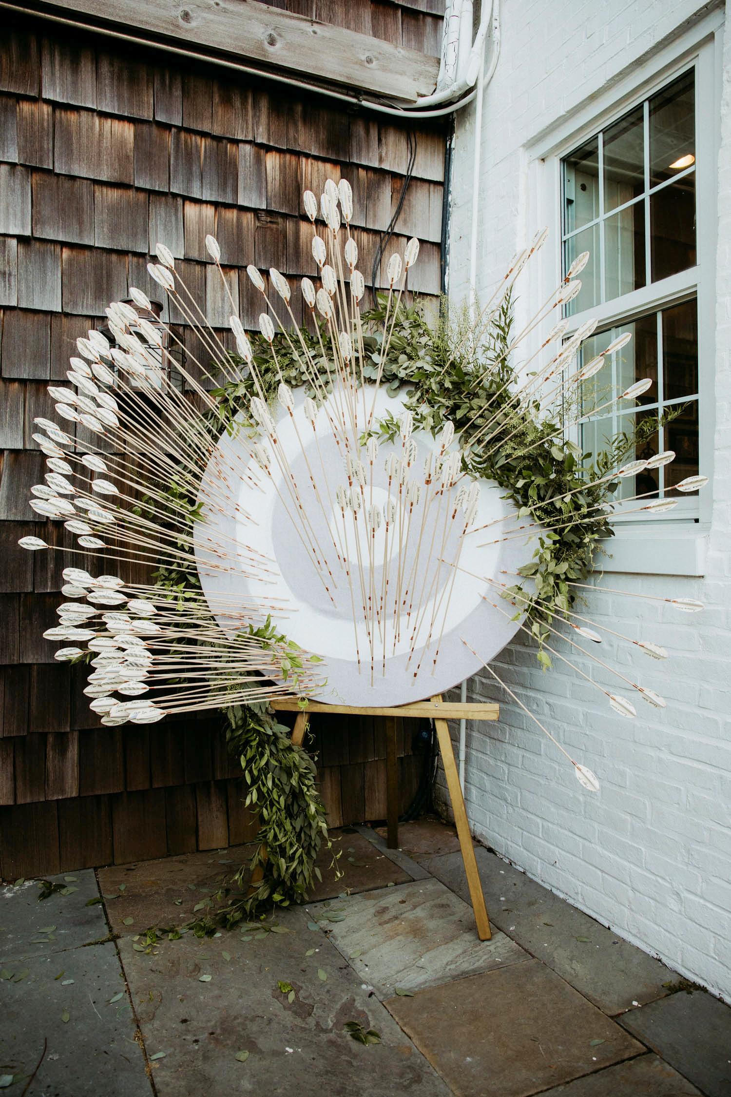 arrow wedding escort cards