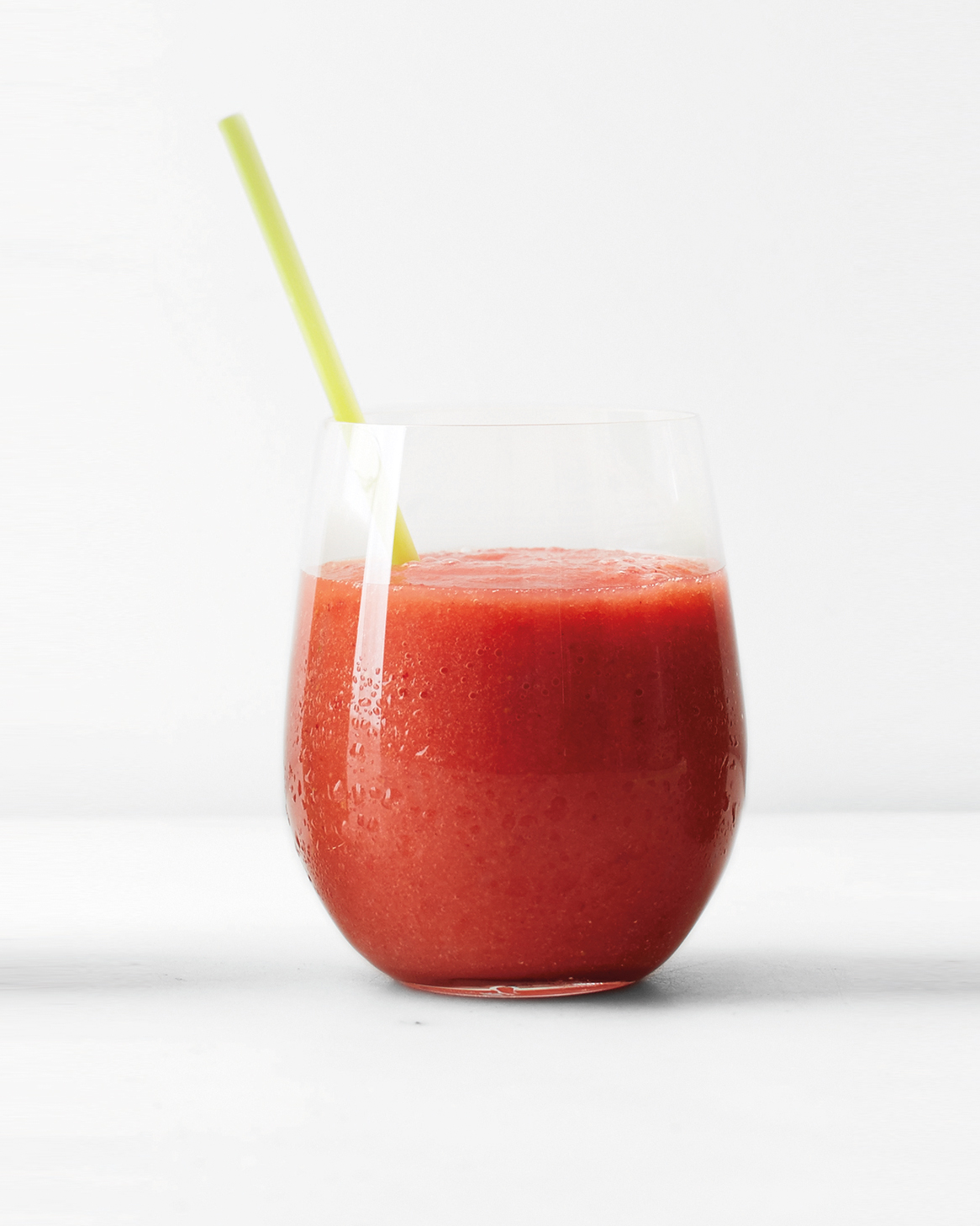 clean-slate-juice-strawberry-grapefruit-ginger-smoothie-0115.jpg