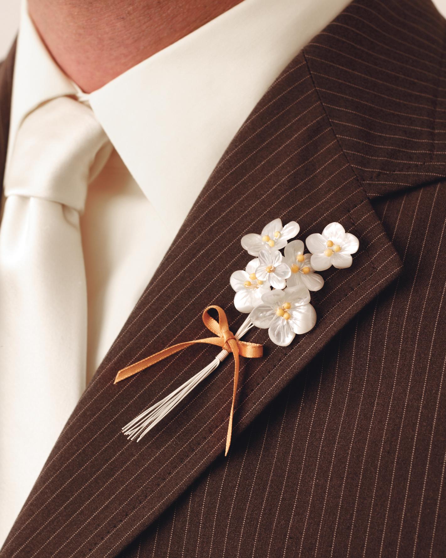 diy-boutonnieres-wd101250flower-0115.jpg