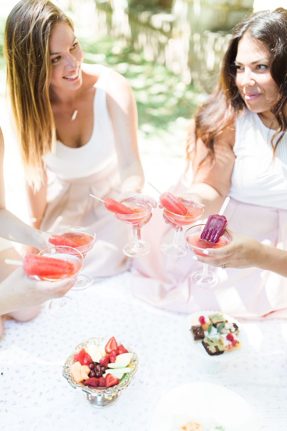 Who hosts (and pays for) the bridal shower?