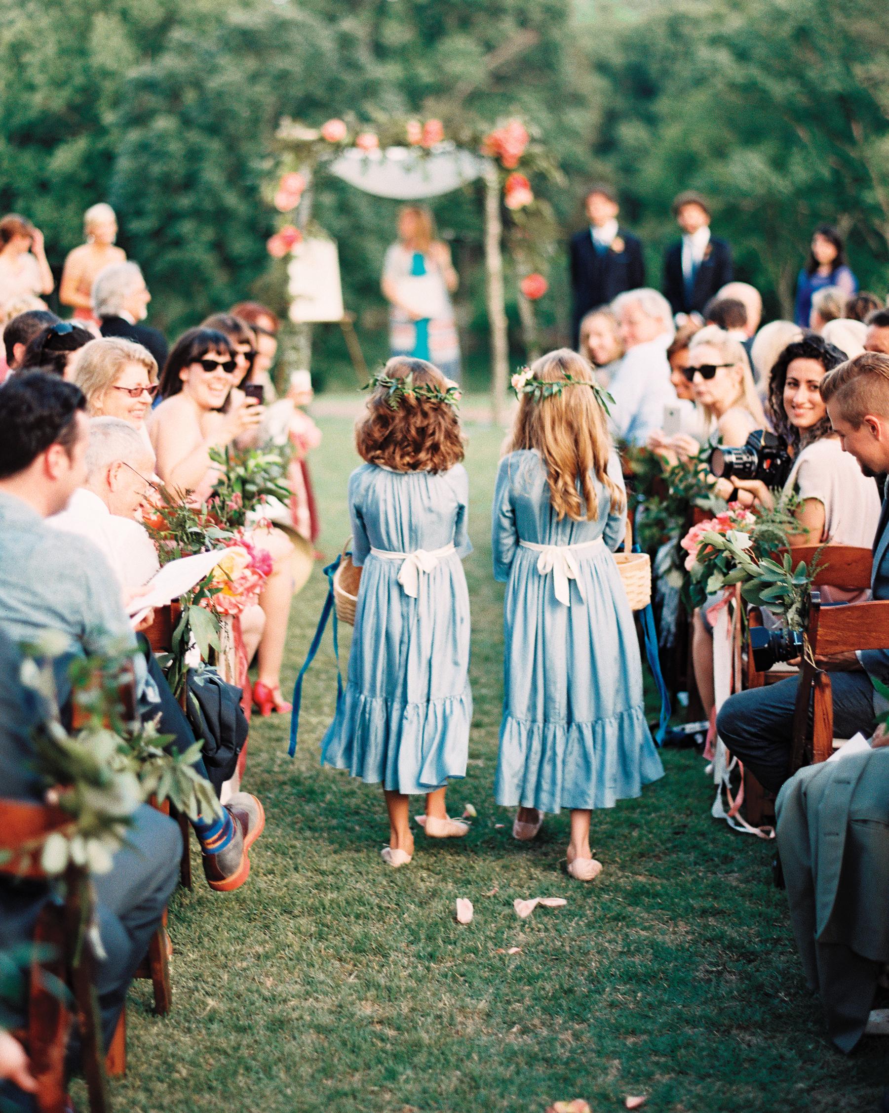 carrie-dan-ceremony-flowes-girls-053114-c-028-s111627.jpg