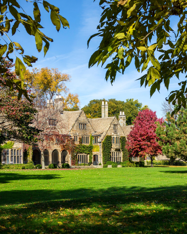 castle-wedding-venues-ford-house-michigan-0115.jpg