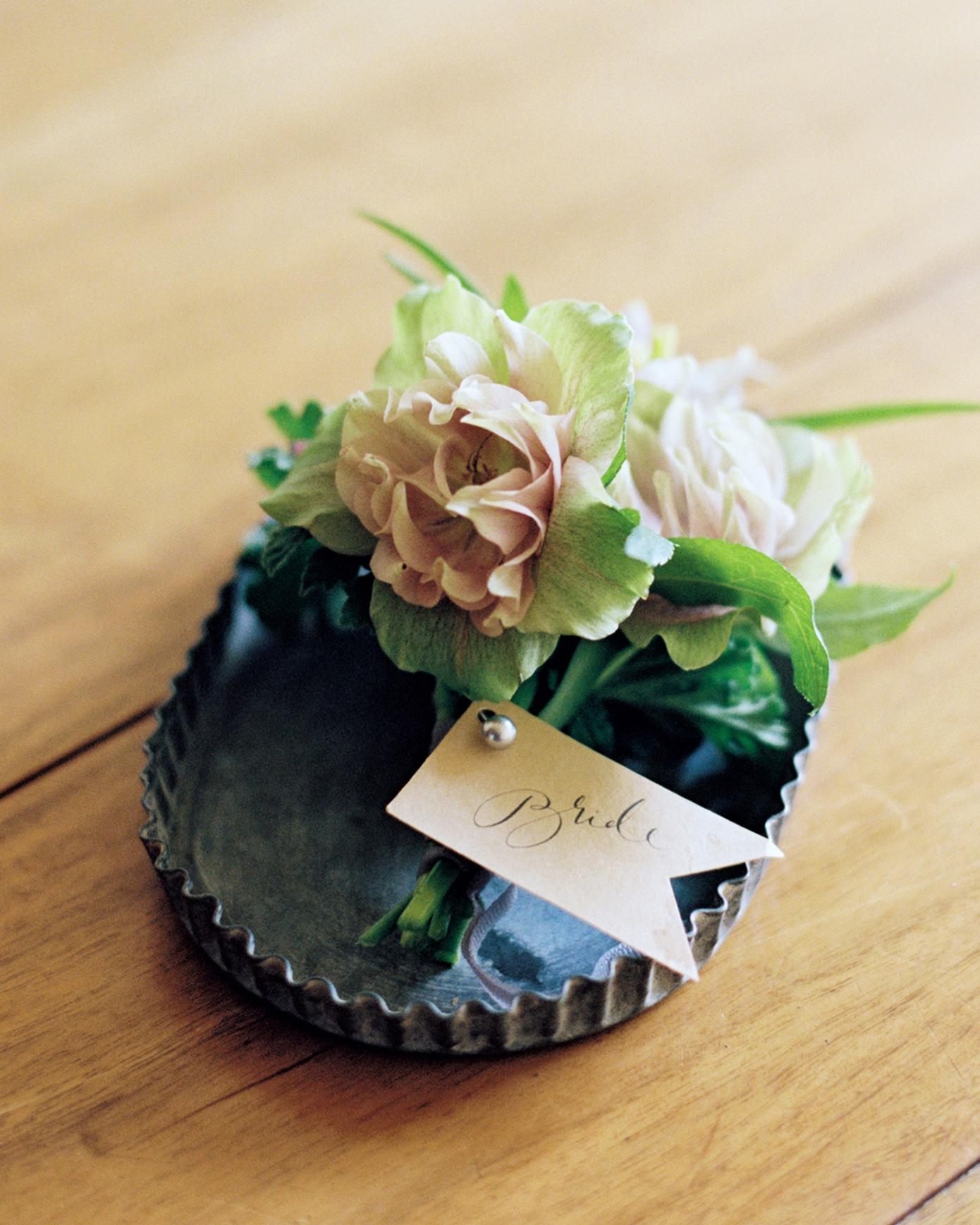 sydney-christina-wedding-corsage-013-s111743-0115.jpg