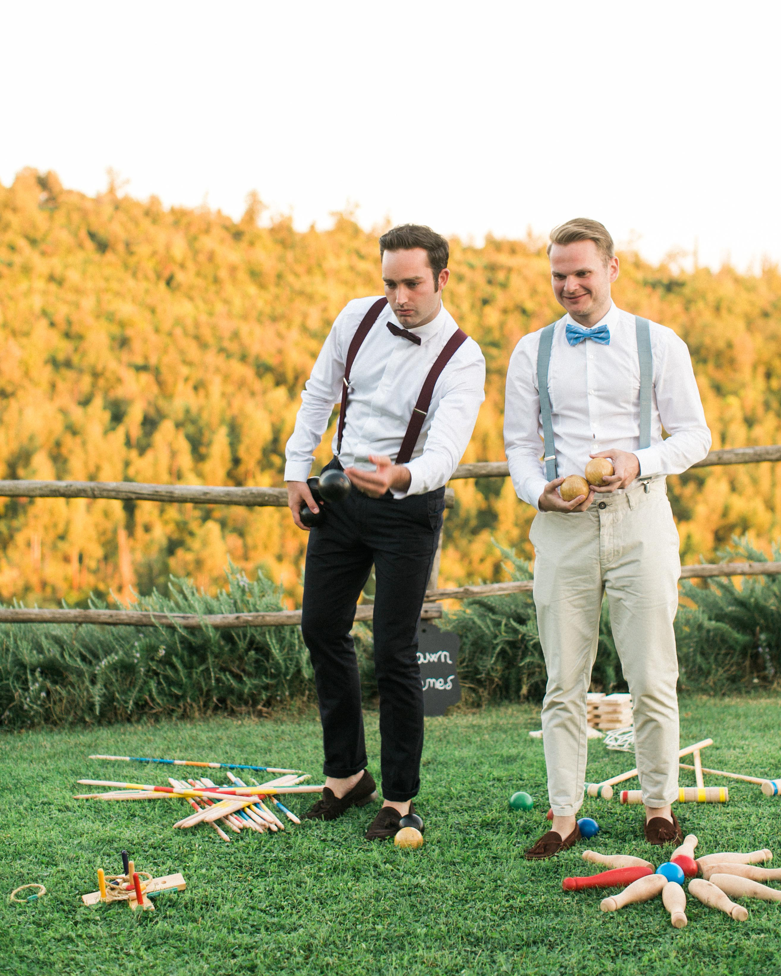 Ceremony And Reception Gap: Your Wedding Reception Etiquette Questions, Answered