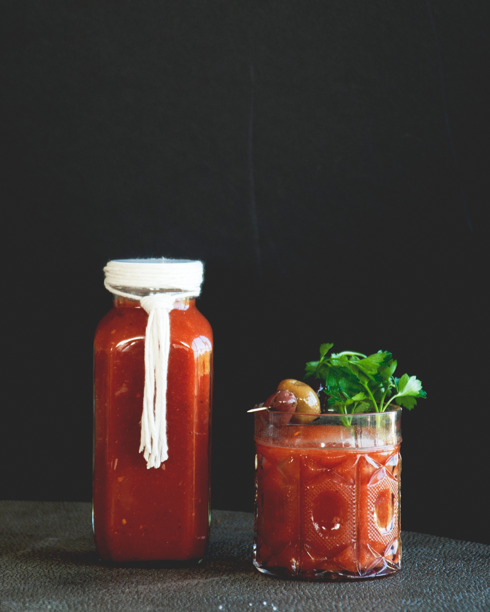 claire-thomas-valentines-day-diy-bloody-mary-mix-0215.jpg
