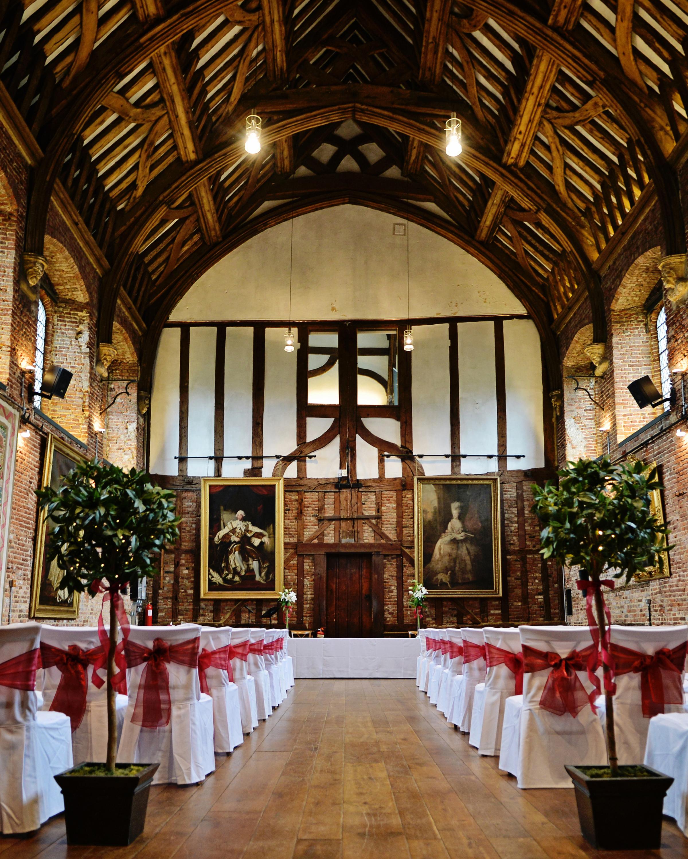 filming-locations-wedding-venues-hatfield-house-batman-0215.jpg
