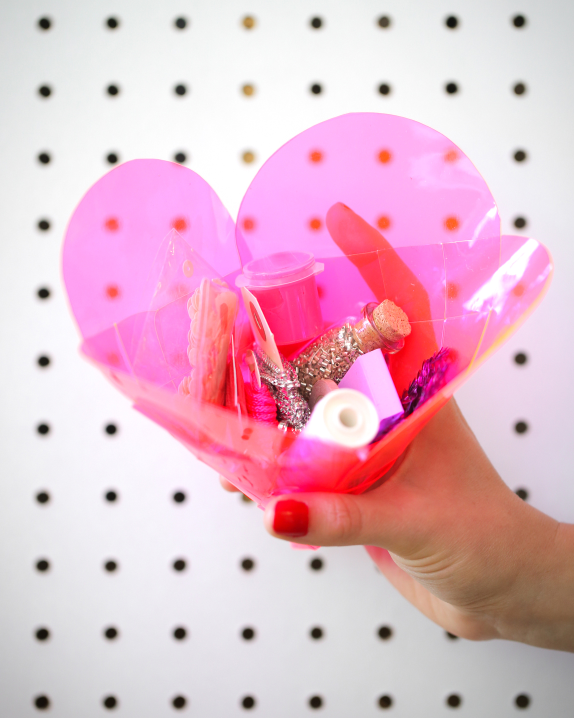 last-minute-valentine-diy-vinyl-valentine-0215.jpg