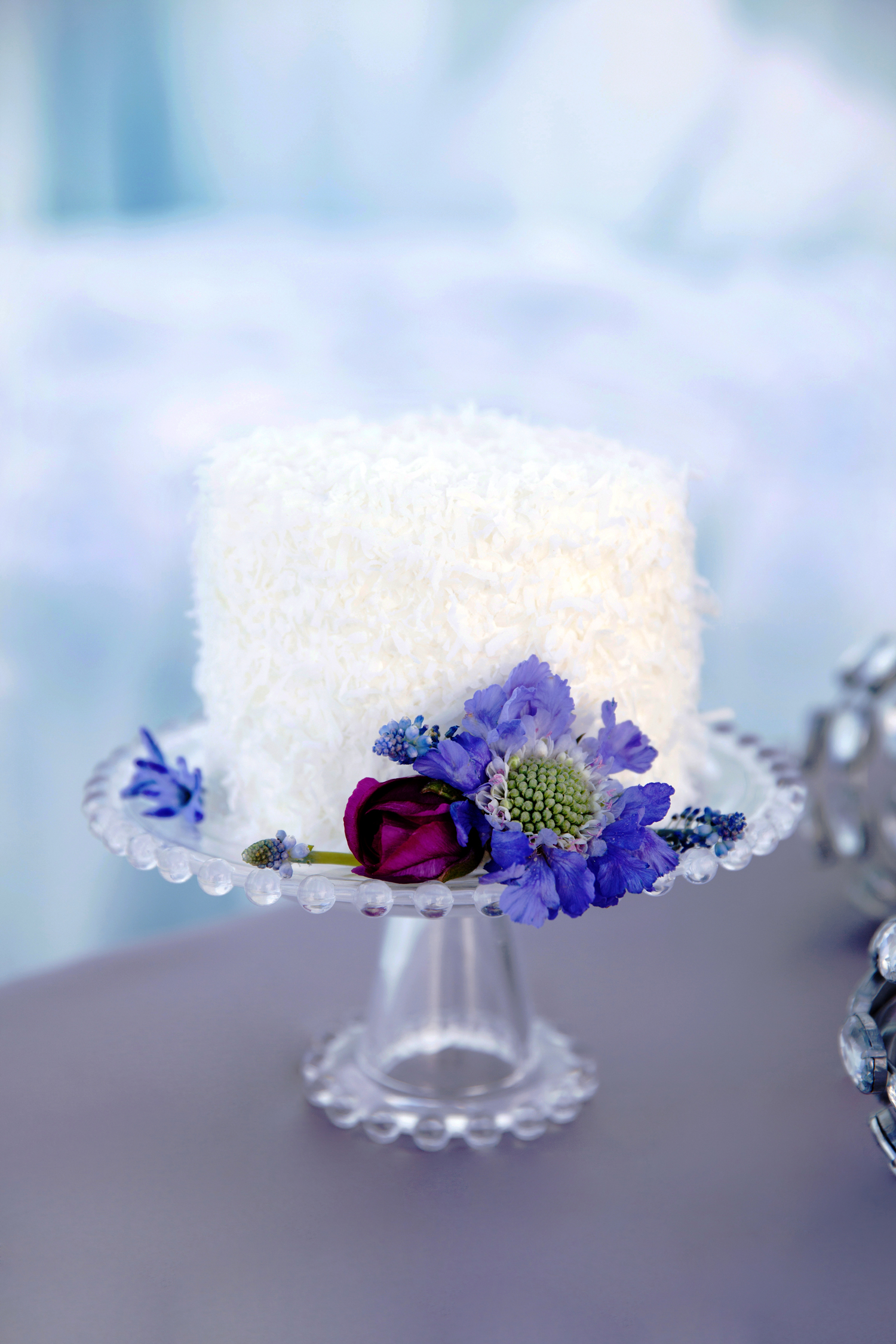 Frozen inspired white wedding cakes