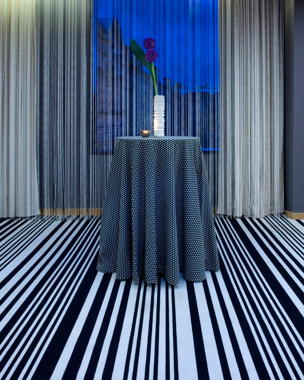 colorful-wedding-venues-g-v-royal-mile-hotel-tartan-room-2-0315.jpg