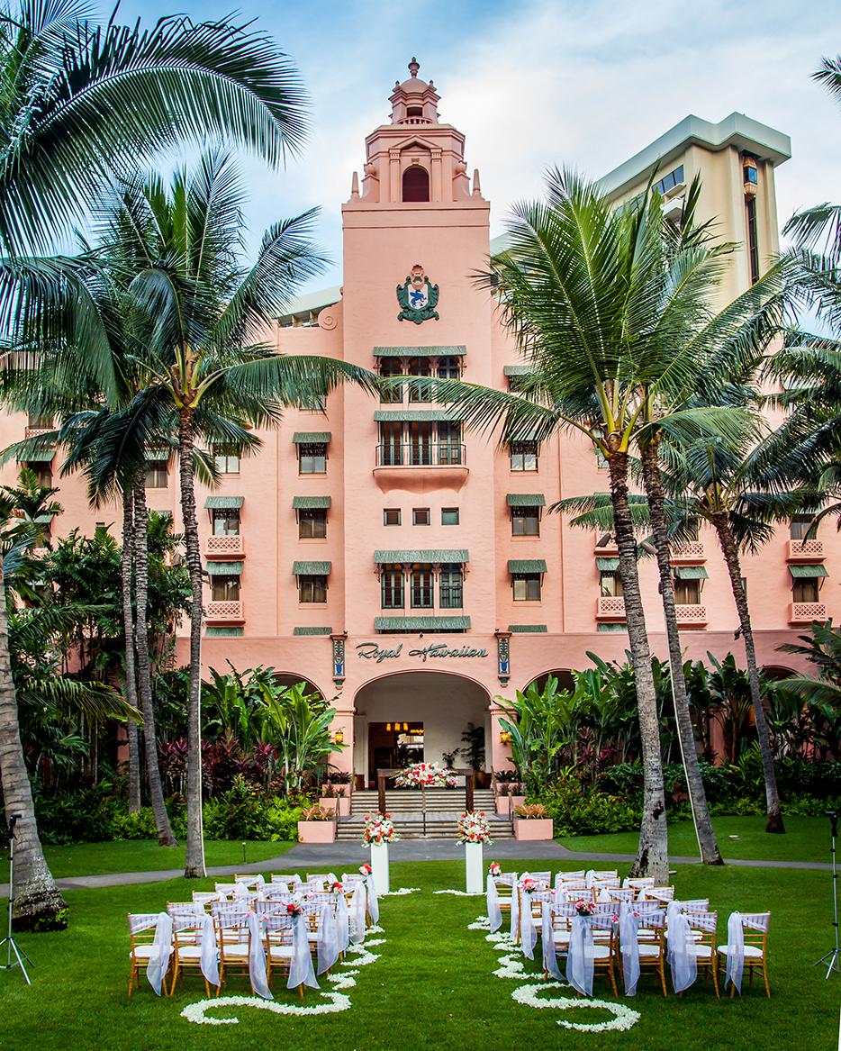 colorful-wedding-venues-royal-hawaiian-0315.jpg