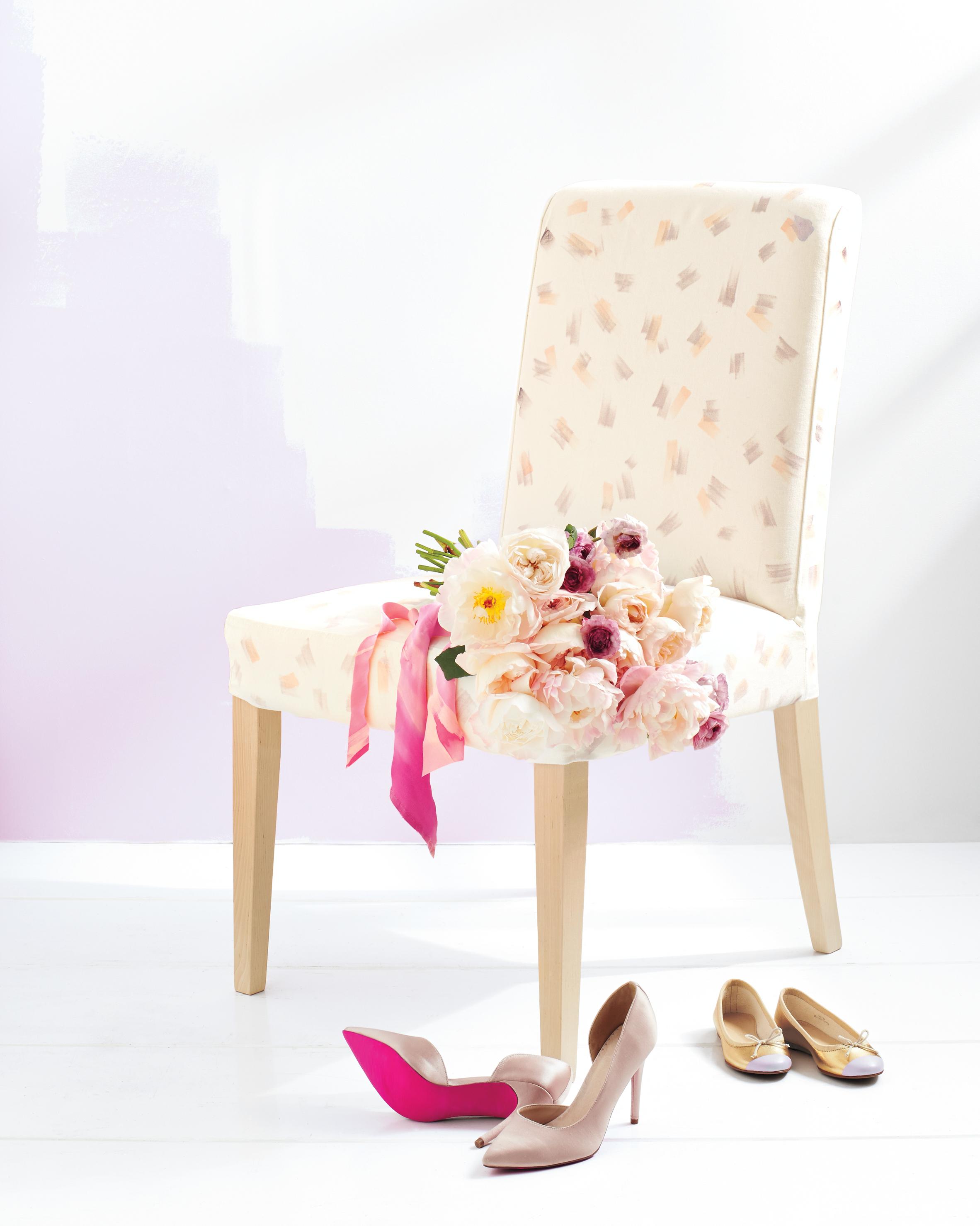 chair-bouquet-shoes-034-d111763.jpg