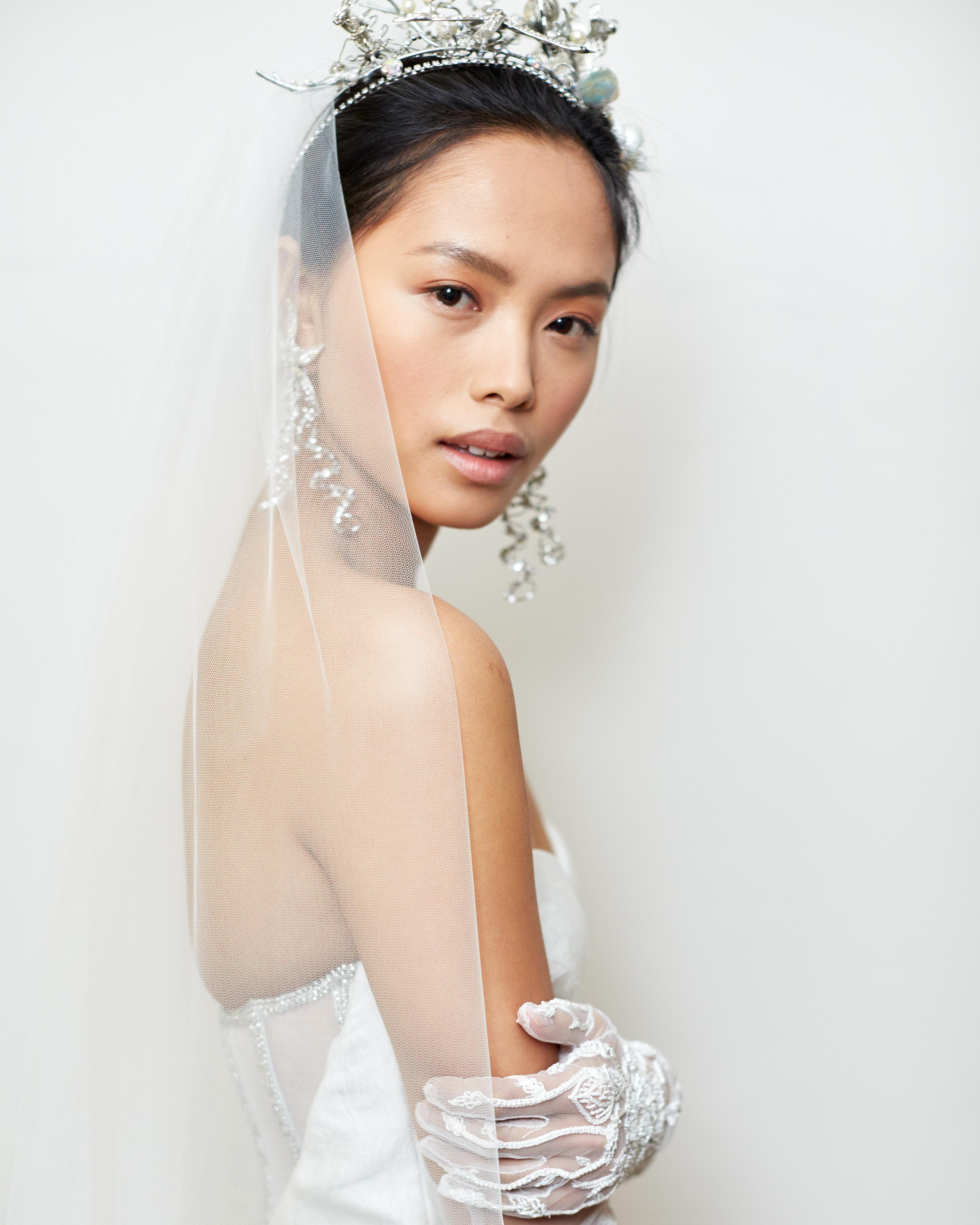 expert-beauty-tips-naeem-khan-spring2016-glowing-complexion-0415.jpg
