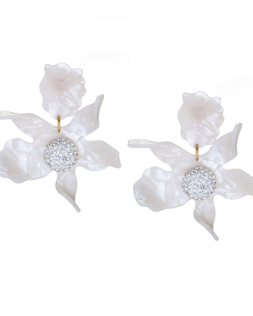outdoor-wedding-outfit-lele-sadoughi-earrings-0616.jpg