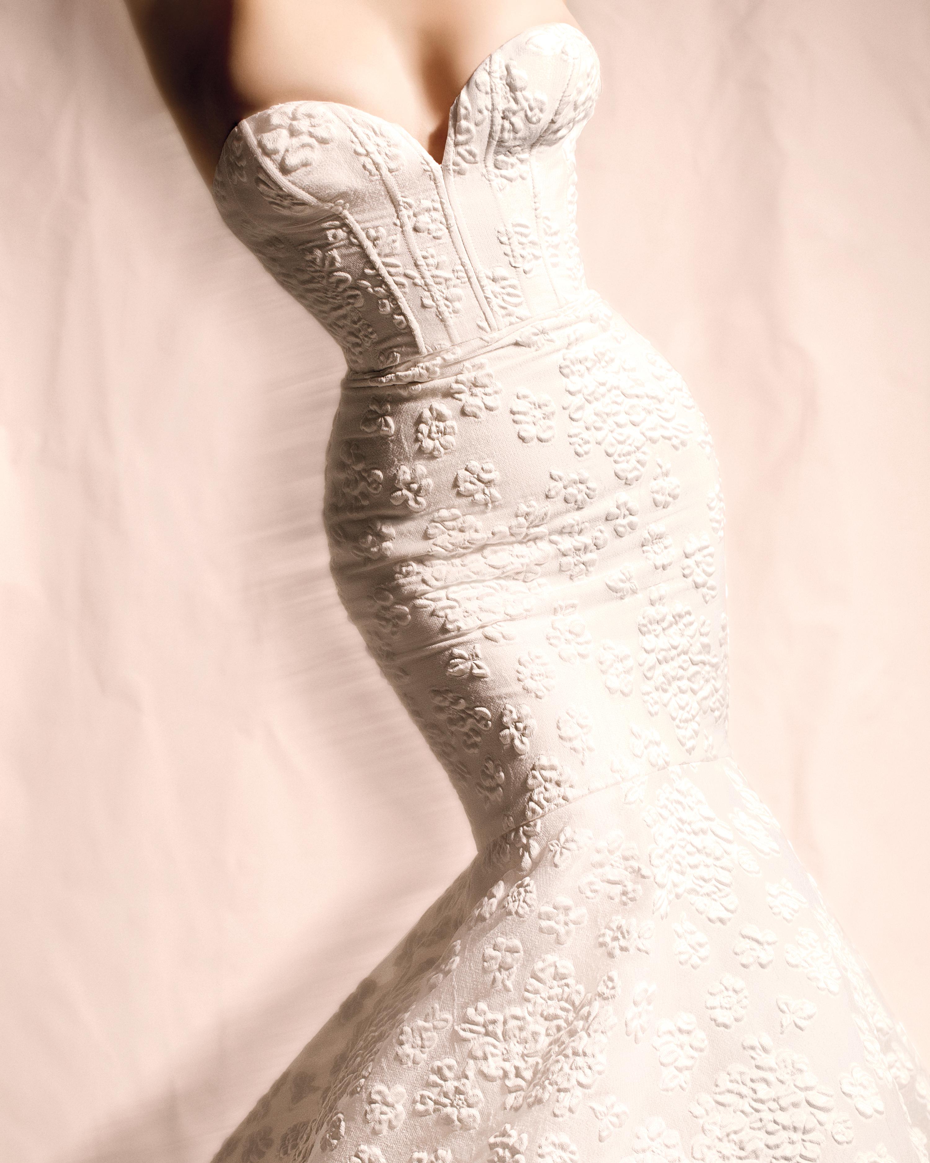 amsale-wedding-dress-304-d111823.jpg