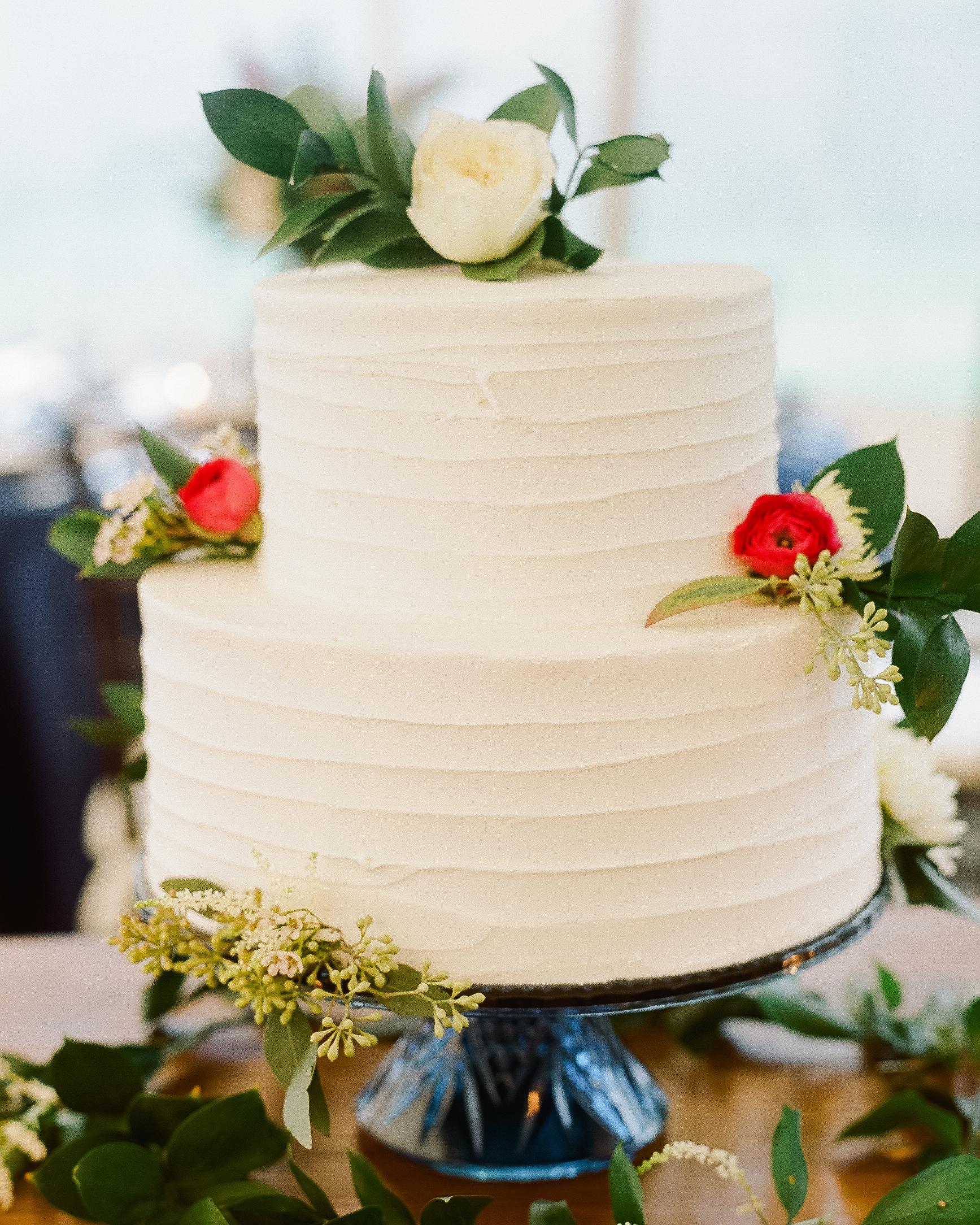 lindsay-garrett-wedding-cake-0739-s111850-0415.jpg