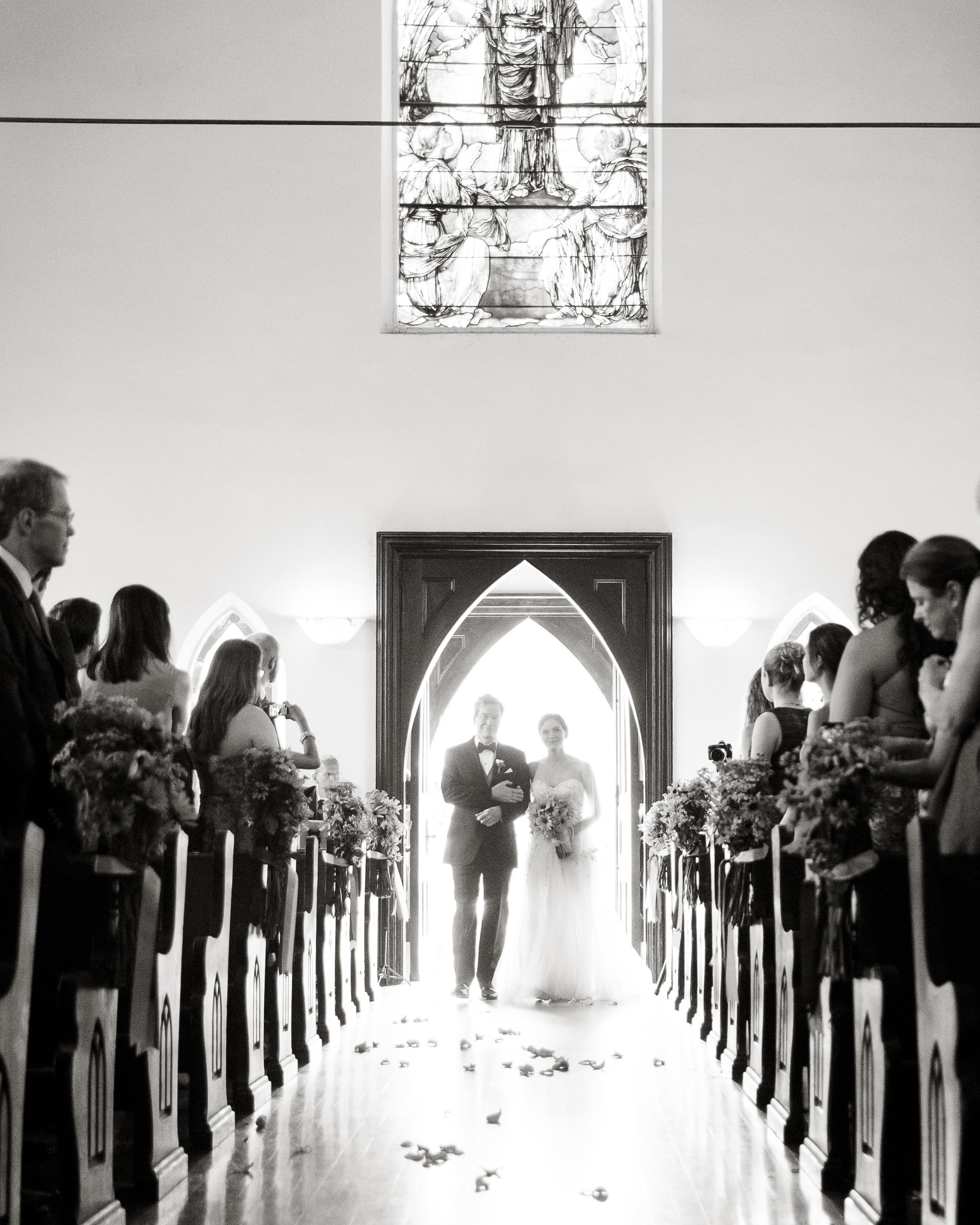 kristel-austin-wedding-entrance-0634-s11860-0415.jpg