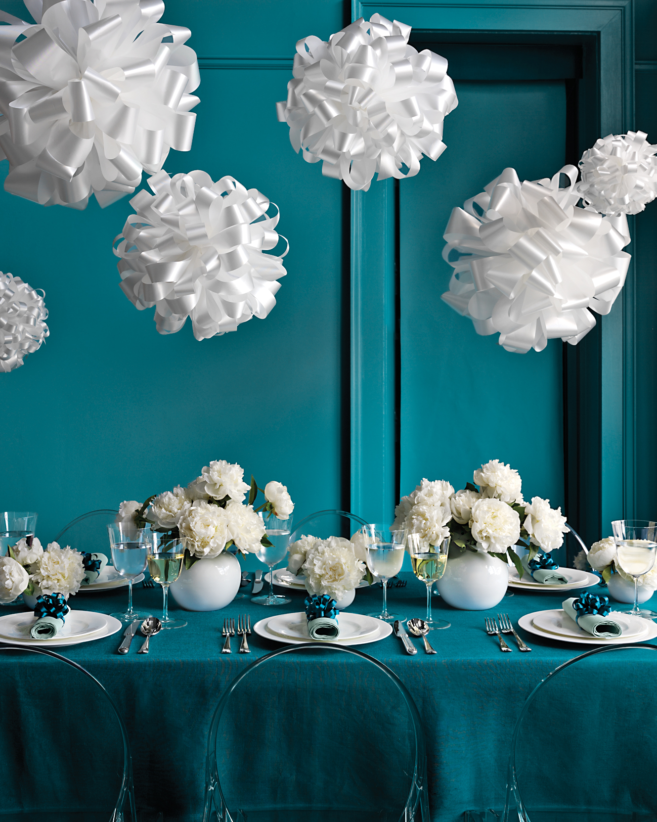 overhead-decor-mwd-104284-ribbon-0415_web.jpg