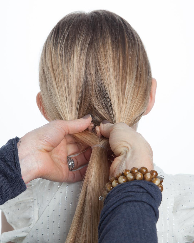 flower-girl-hair-how-to-pony-tail-step-2-0515.jpg