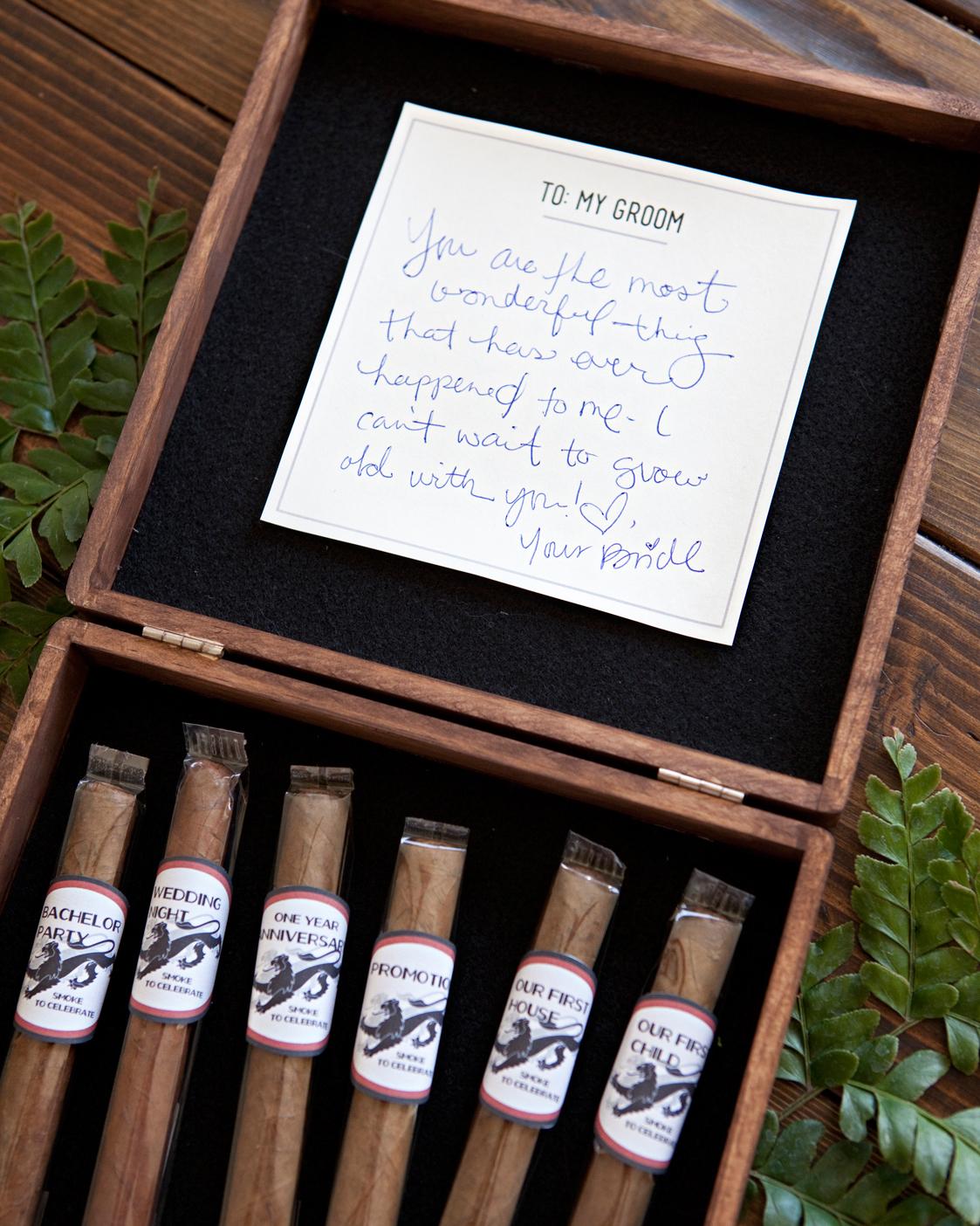 his-cigar-box-something-turquoise-finished-close-0515.jpg
