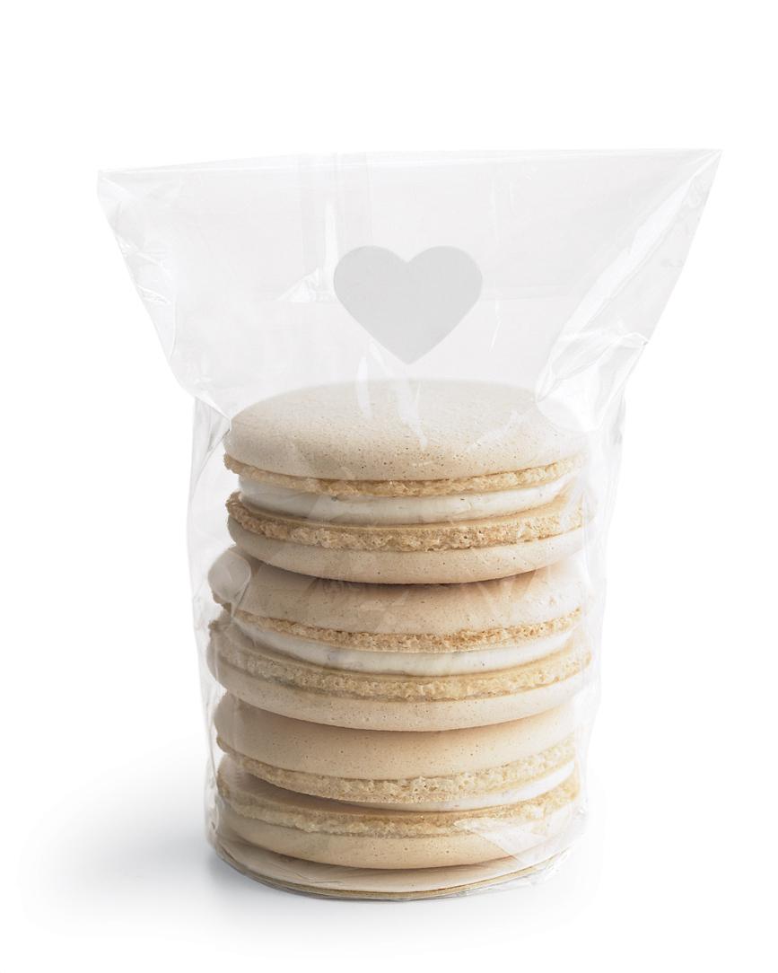 diy-bridal-shower-favors-macaron-cookie-bag-w10-0515.jpg