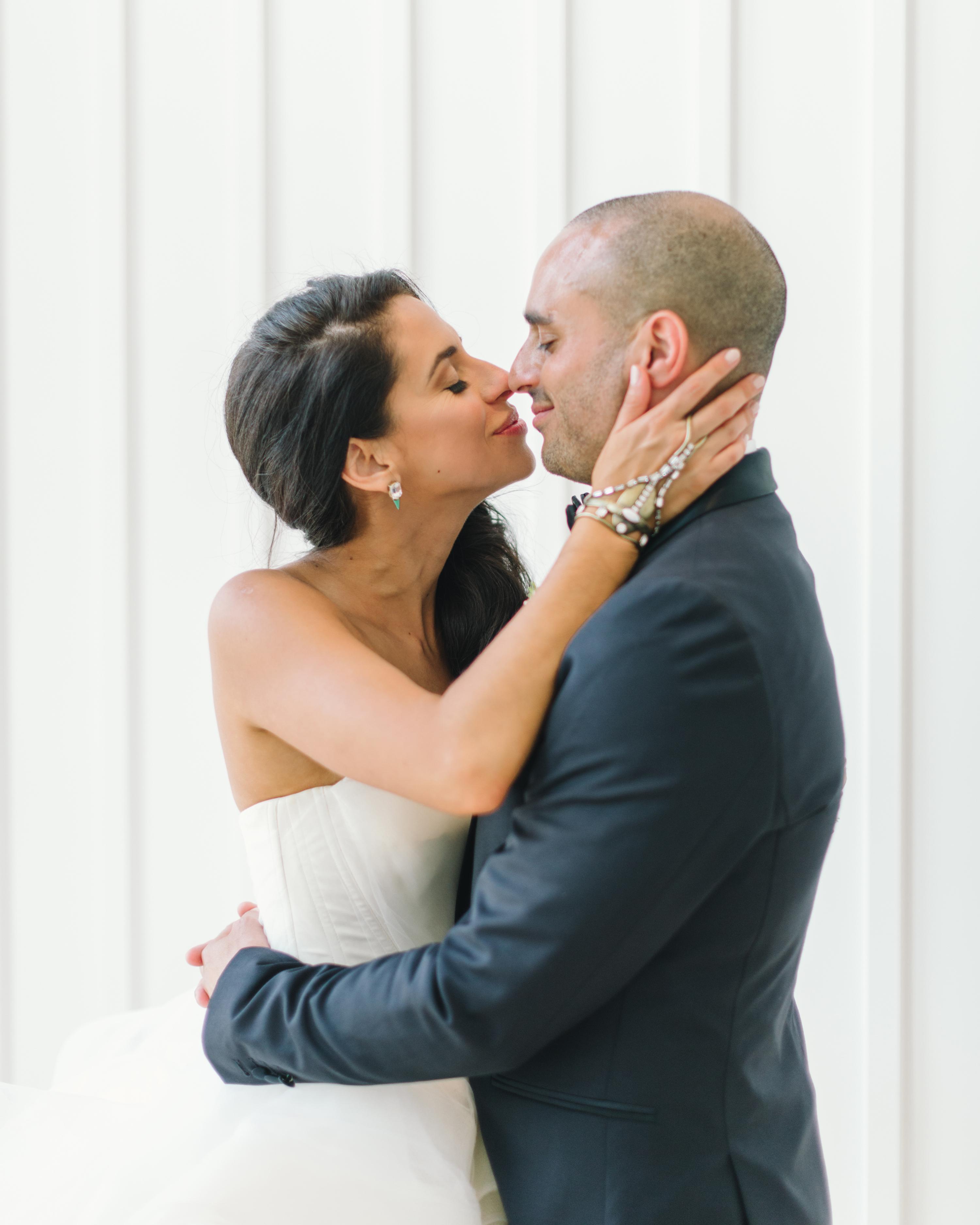 vanessa-joe-wedding-couple-8142-s111736-1214.jpg