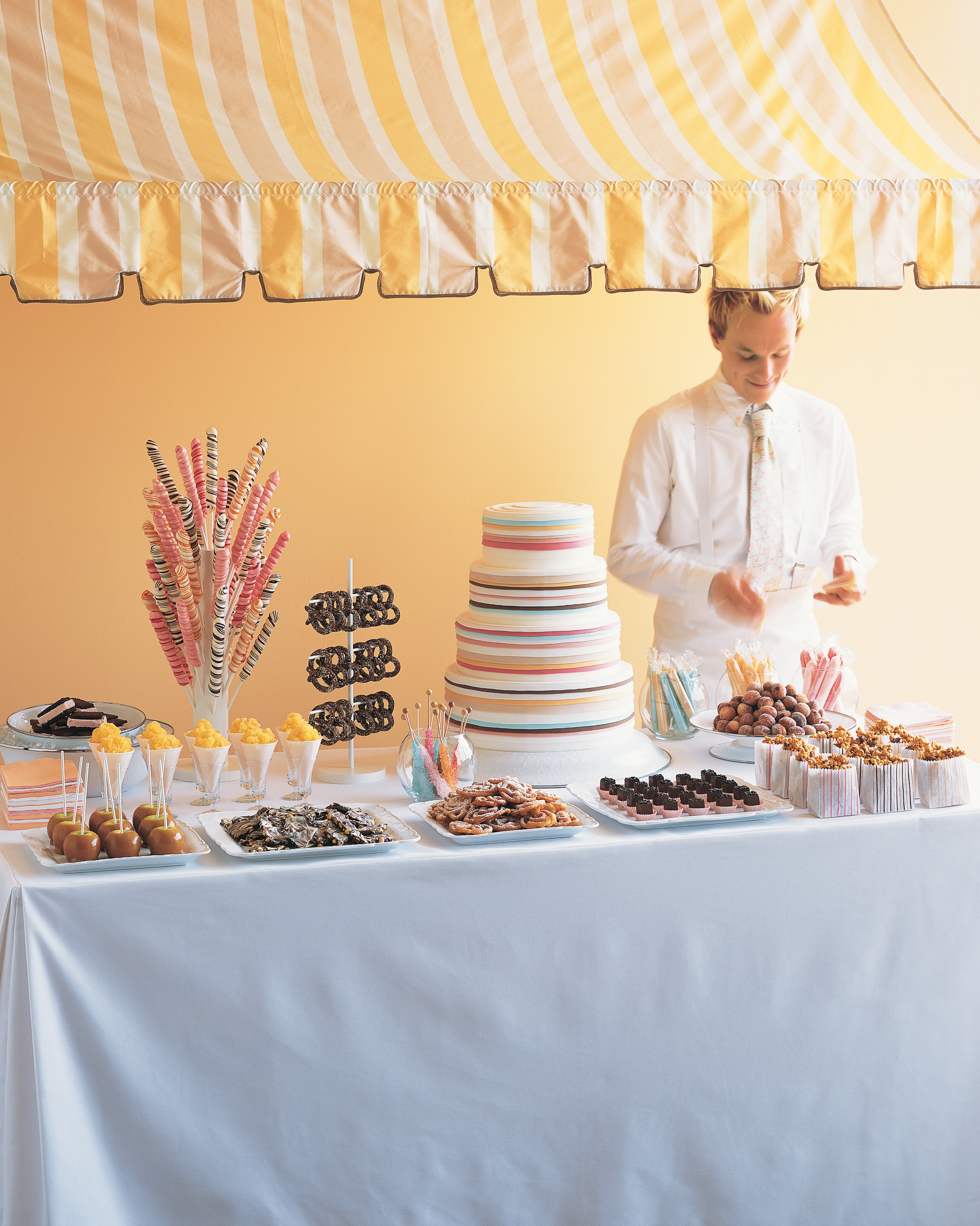 snack-station-carnival-stand-dessert-buffet-w04-0515.jpg