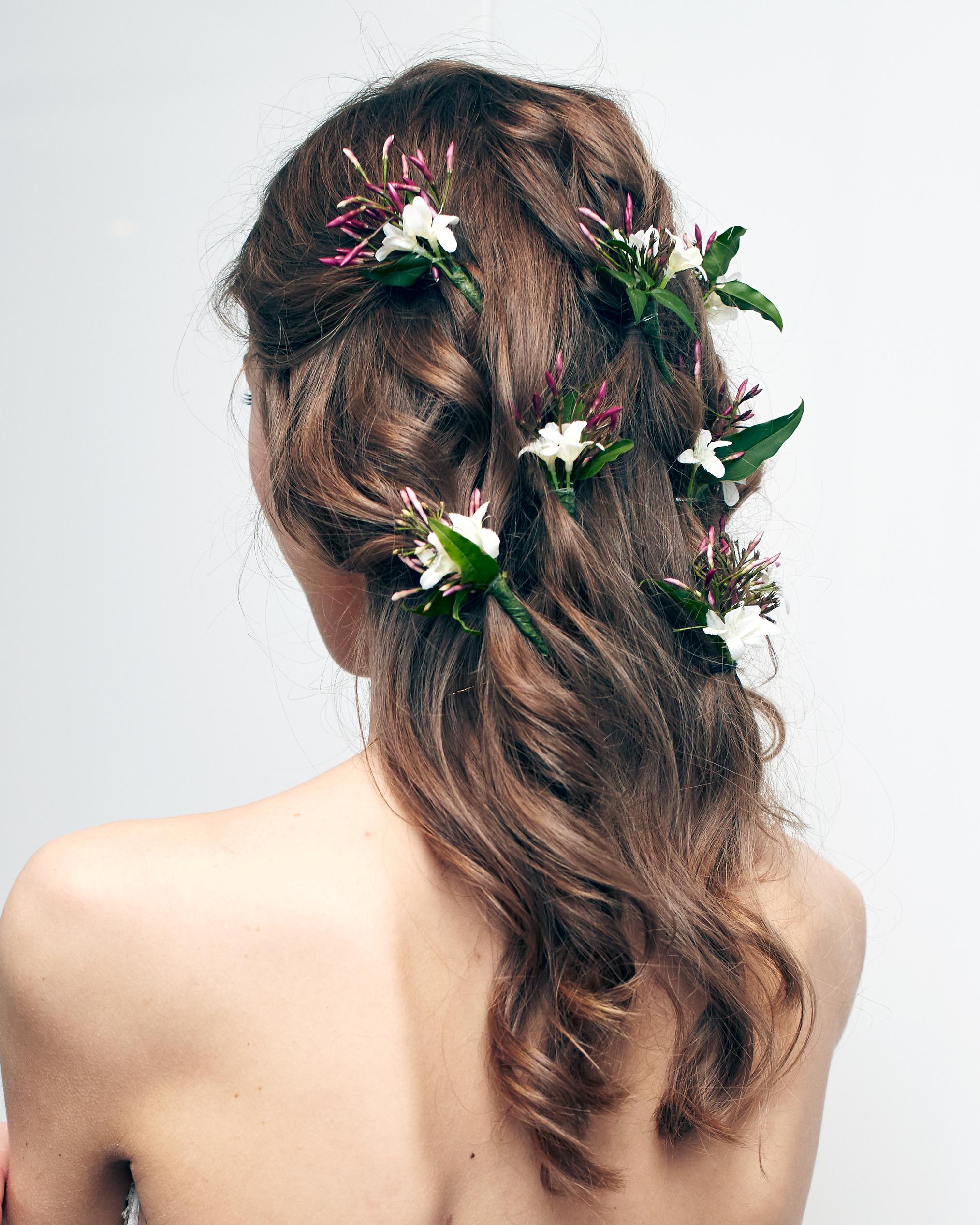 textured-hair-carolina-herrera-spring2016-bridal-show-detail-0515.jpg
