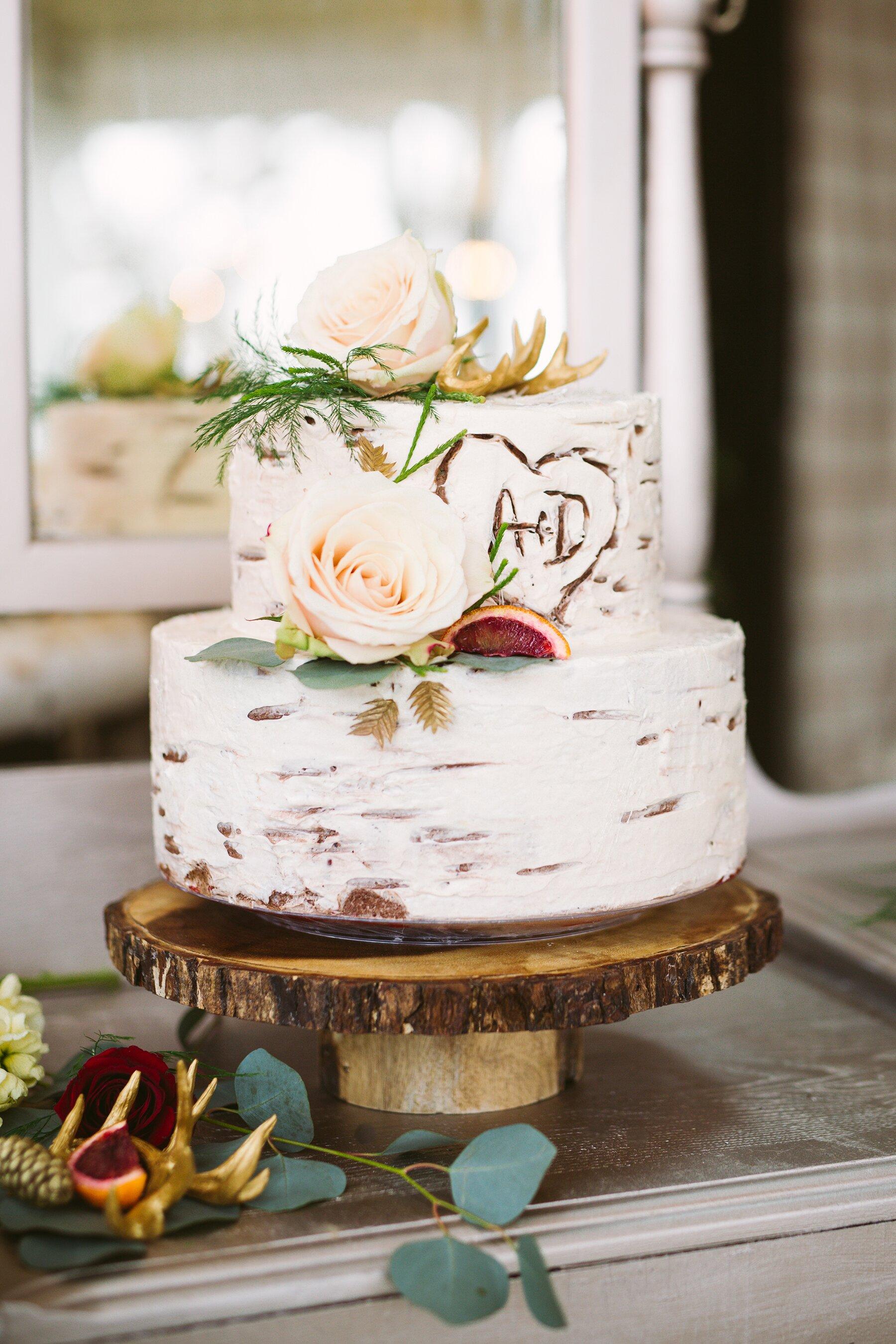 Sensational 52 Small Wedding Cakes With A Big Presence Martha Stewart Weddings Funny Birthday Cards Online Eattedamsfinfo