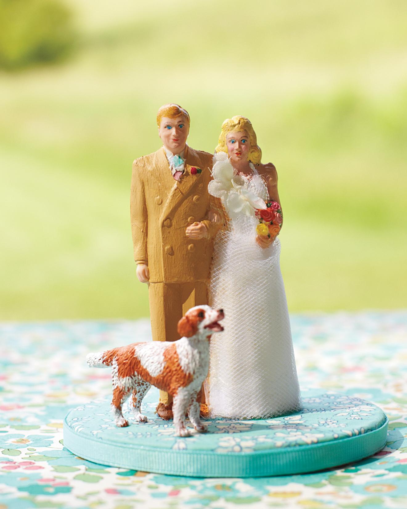 leanna-matt-wedding-cake-topper-0046-s111371.jpg