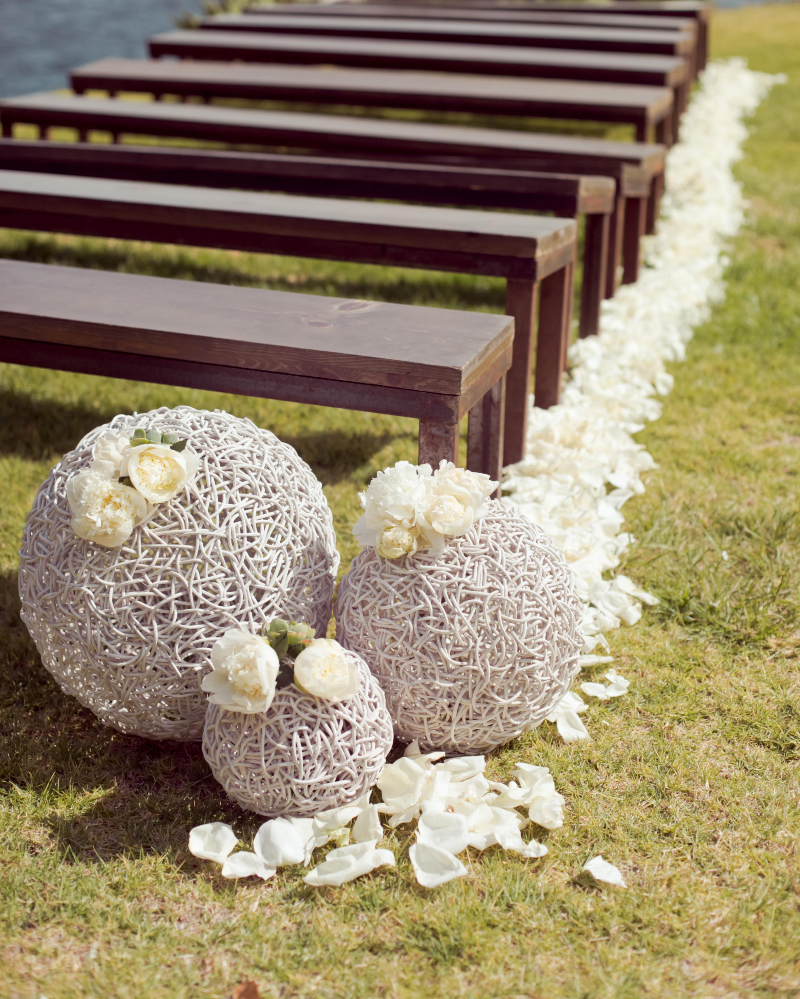 emma-michelle-wedding-aisle-0321-s112079-0715.jpg