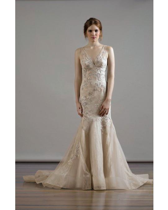 50-states-wedding-dresses-iowa-liancarlo-0615.jpg