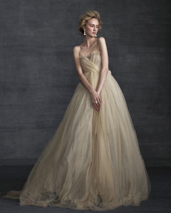50-states-wedding-dresses-new-hampshire-samuelle-couture-0715.jpg