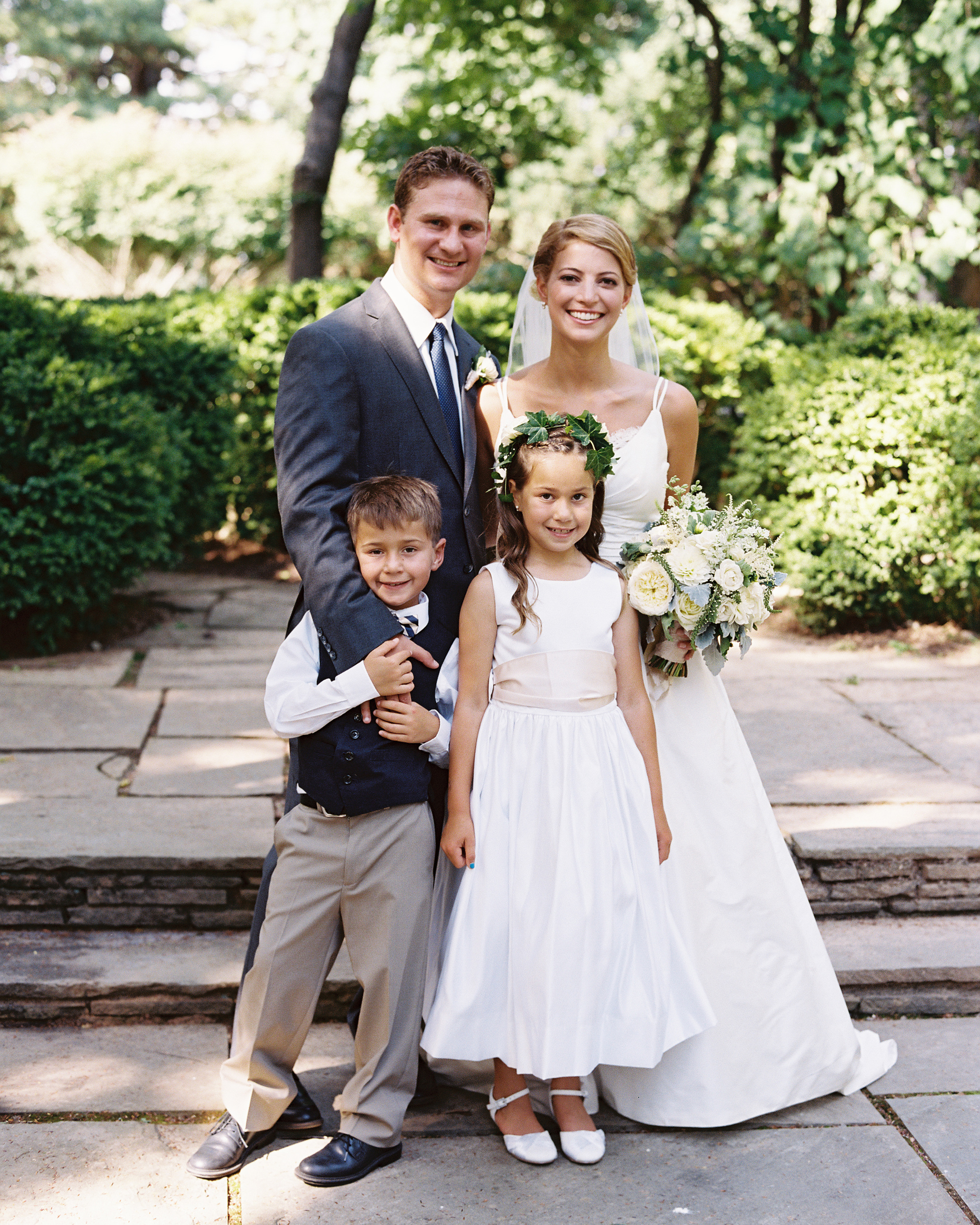 beth-scott-wedding-kids-0462-s112077-0715.jpg