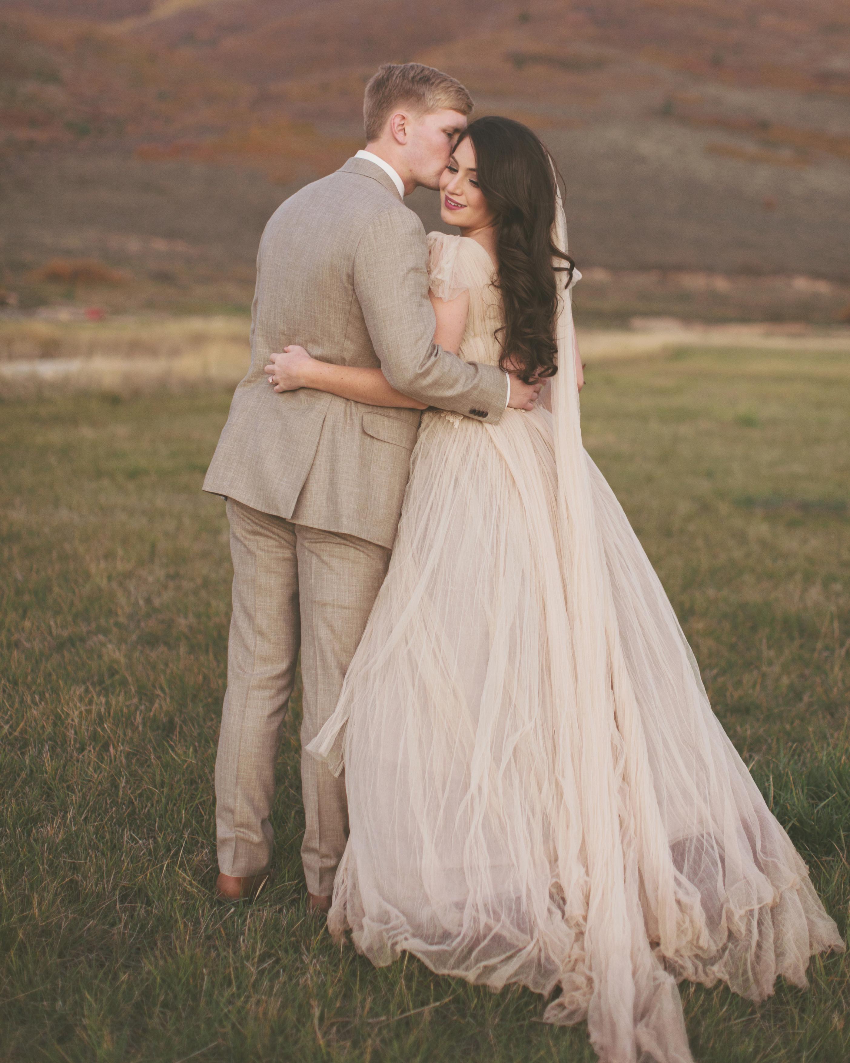 sara-matt-wedding-couple-0855-s111990-0715.jpg