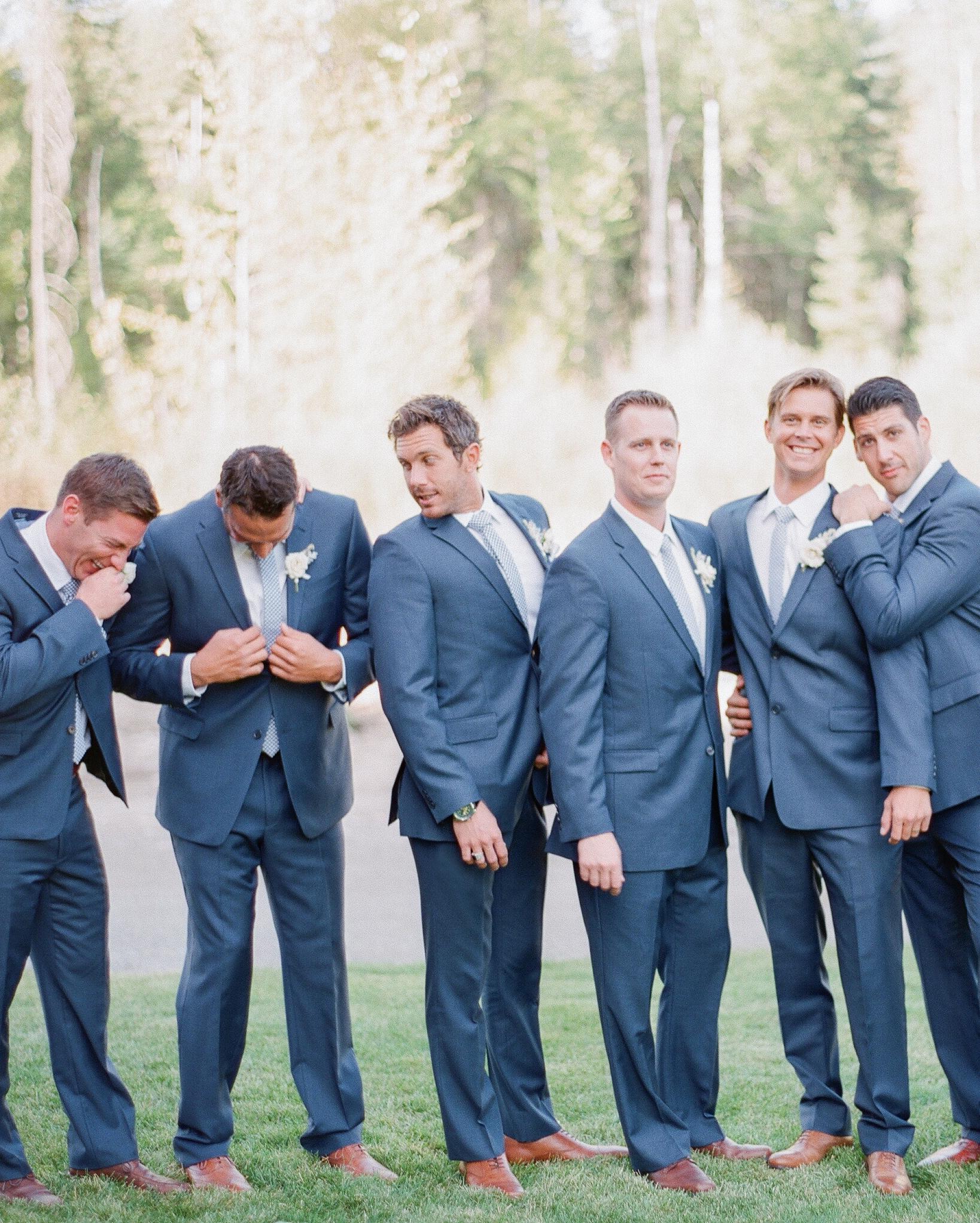 robin-kenny-wedding-groomsmen-061-s112068-0715.jpg