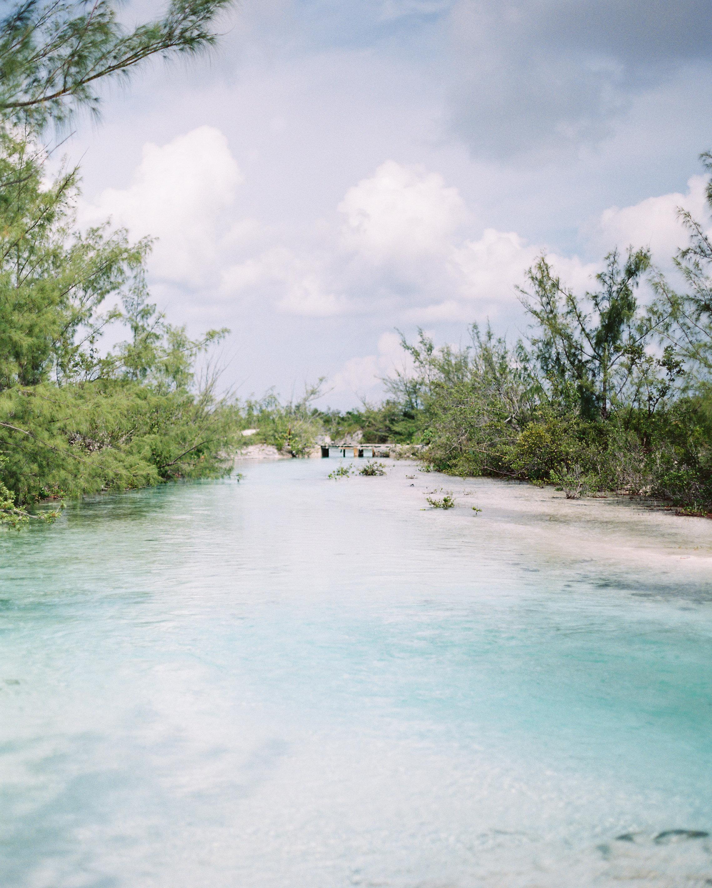 bahama-honeymoon-0037-canal-0615.jpg