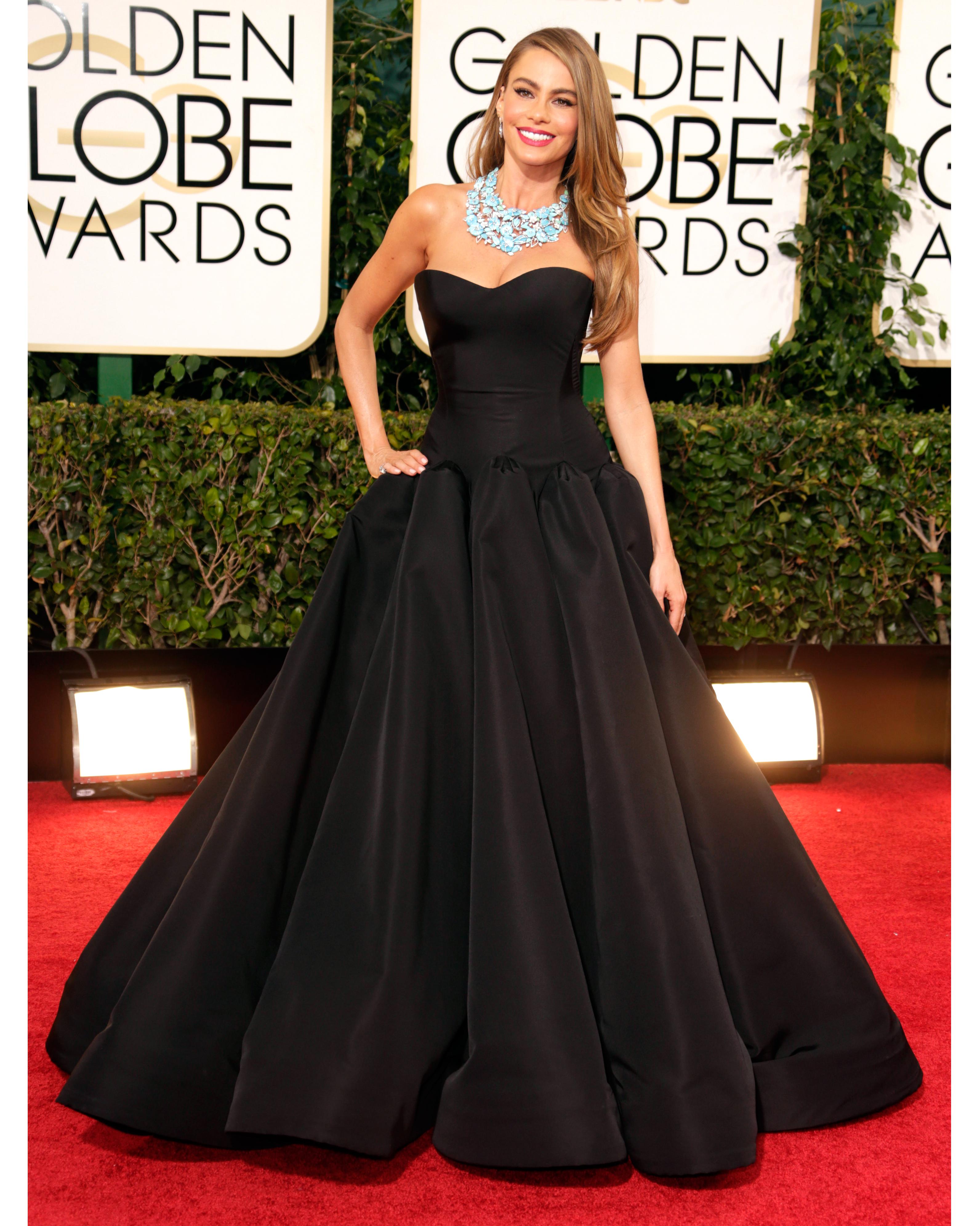sofia-vergara-red-carpet-golden-globes-zac-posen-black-gown-0815.jpg