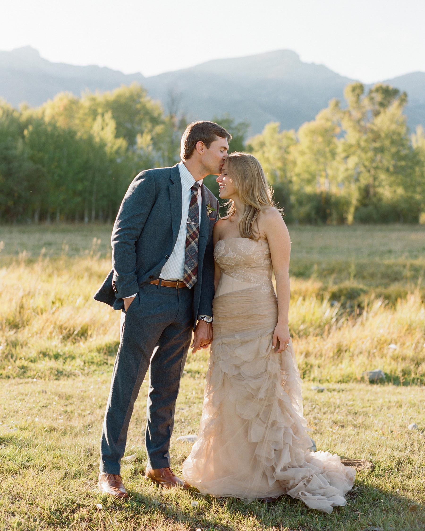 callie-eric-wedding-couple-580-s112113-0815.jpg
