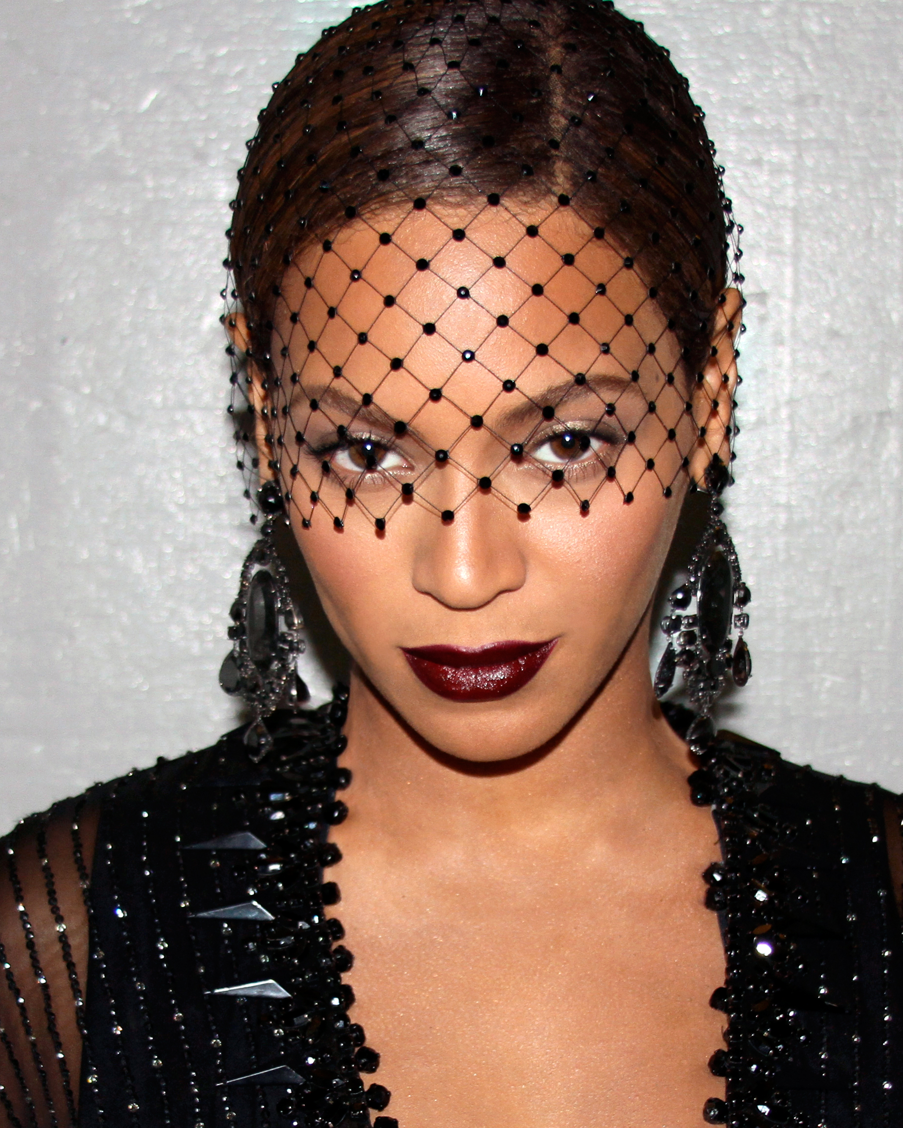 Beyoncé Knowles-Carter's Veiled Bun