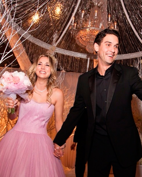 celebrity-pink-wedding-dresses-kaley-cuoco-0815.jpg