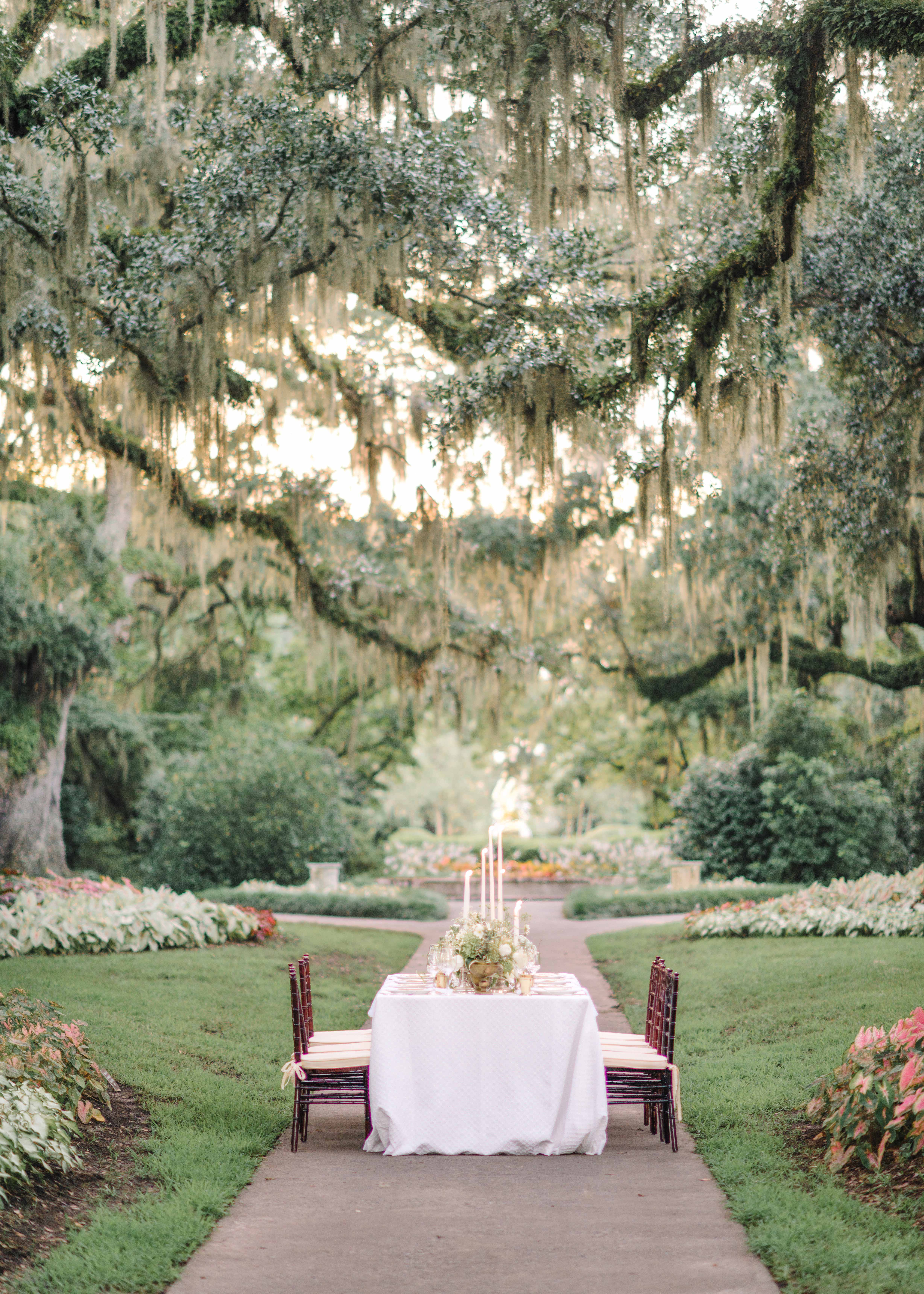 garden table wedding