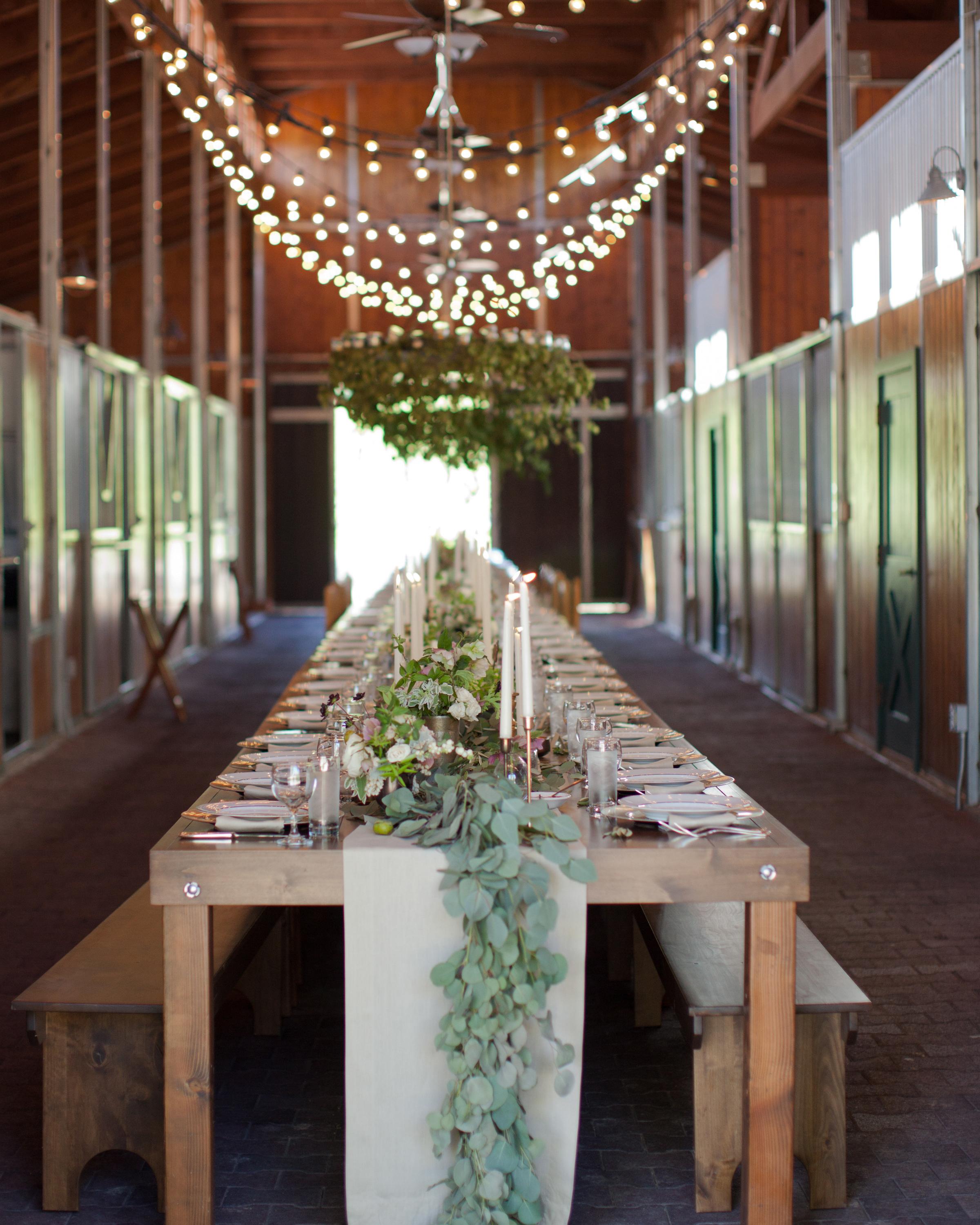 lizzy-pat-wedding-table-160-s111777-0115.jpg