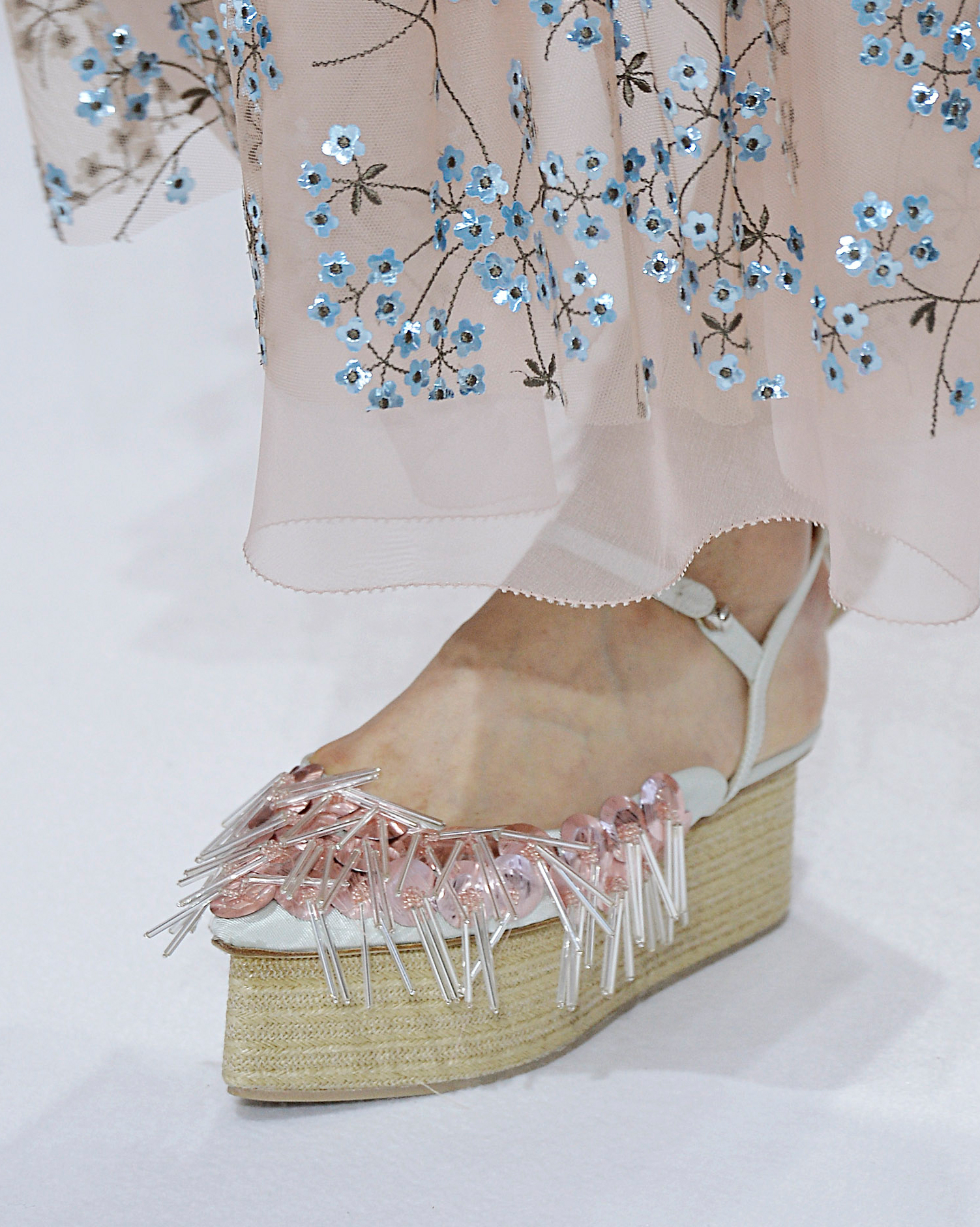 sp16-nyfw-bridal-accessories-delpozo-shoes-0915.jpg