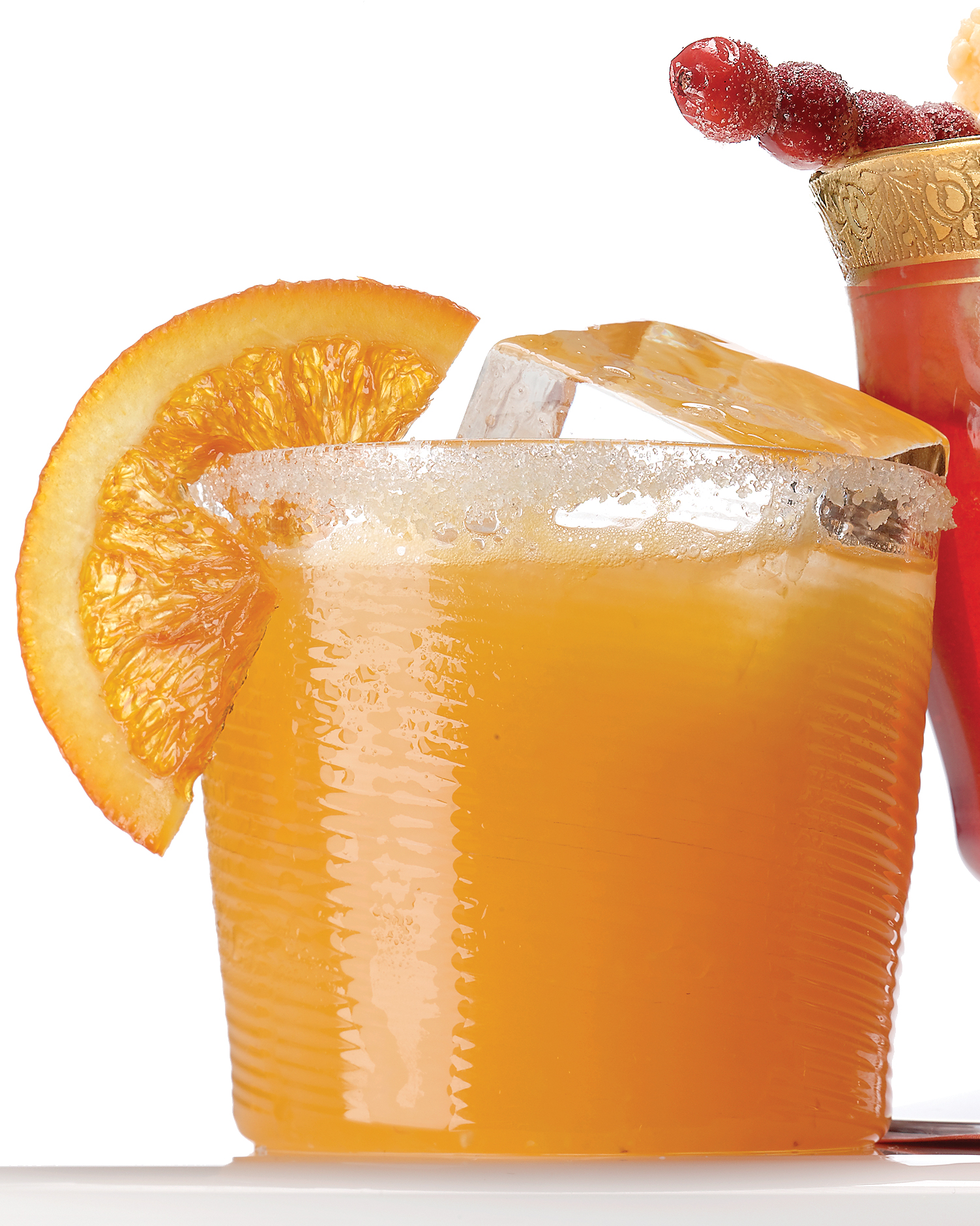 wedding-mocktail-recipes-sparkling-cider-cara-cara-orange-punch-mld104008-msl-dec08-0915.jpg
