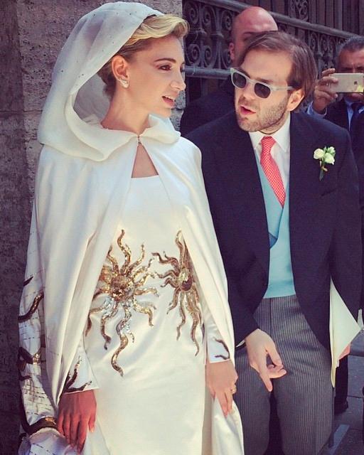 celebrity-colorful-wedding-dresses-sabine-g-gold-0815.jpg